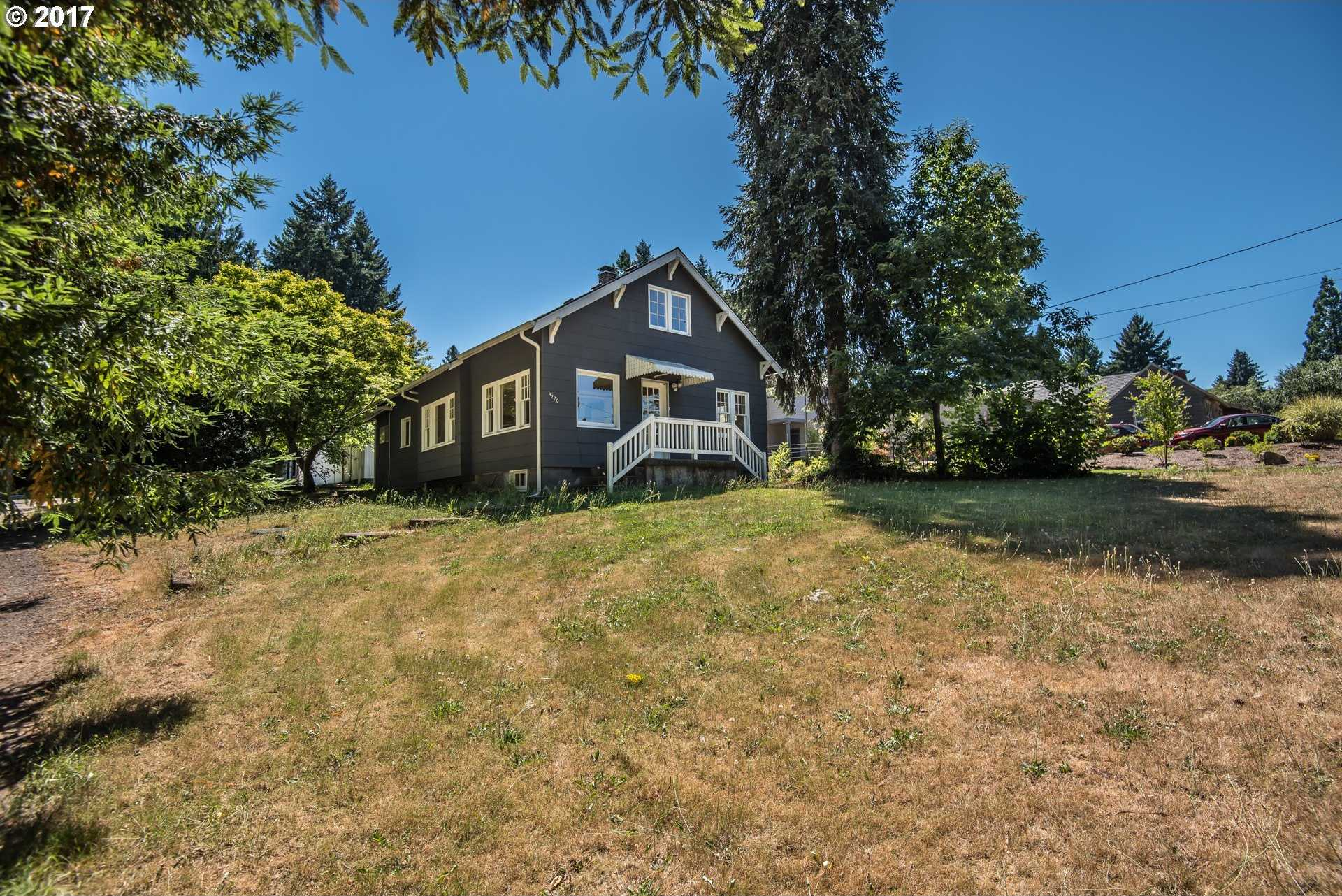 $799,999 - 3Br/2Ba -  for Sale in Edgewood, Tigard