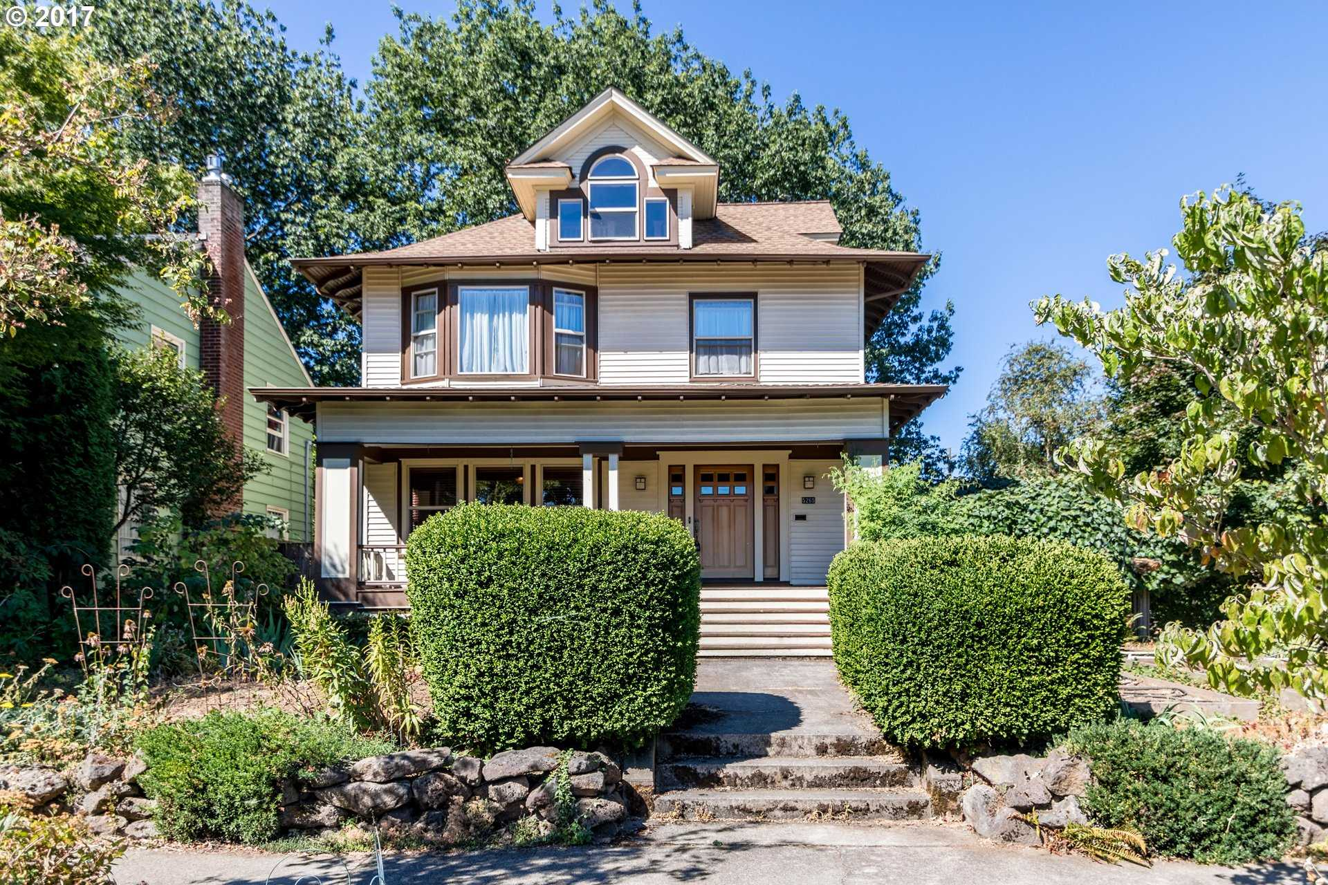 $550,000 - 4Br/2Ba -  for Sale in Portland