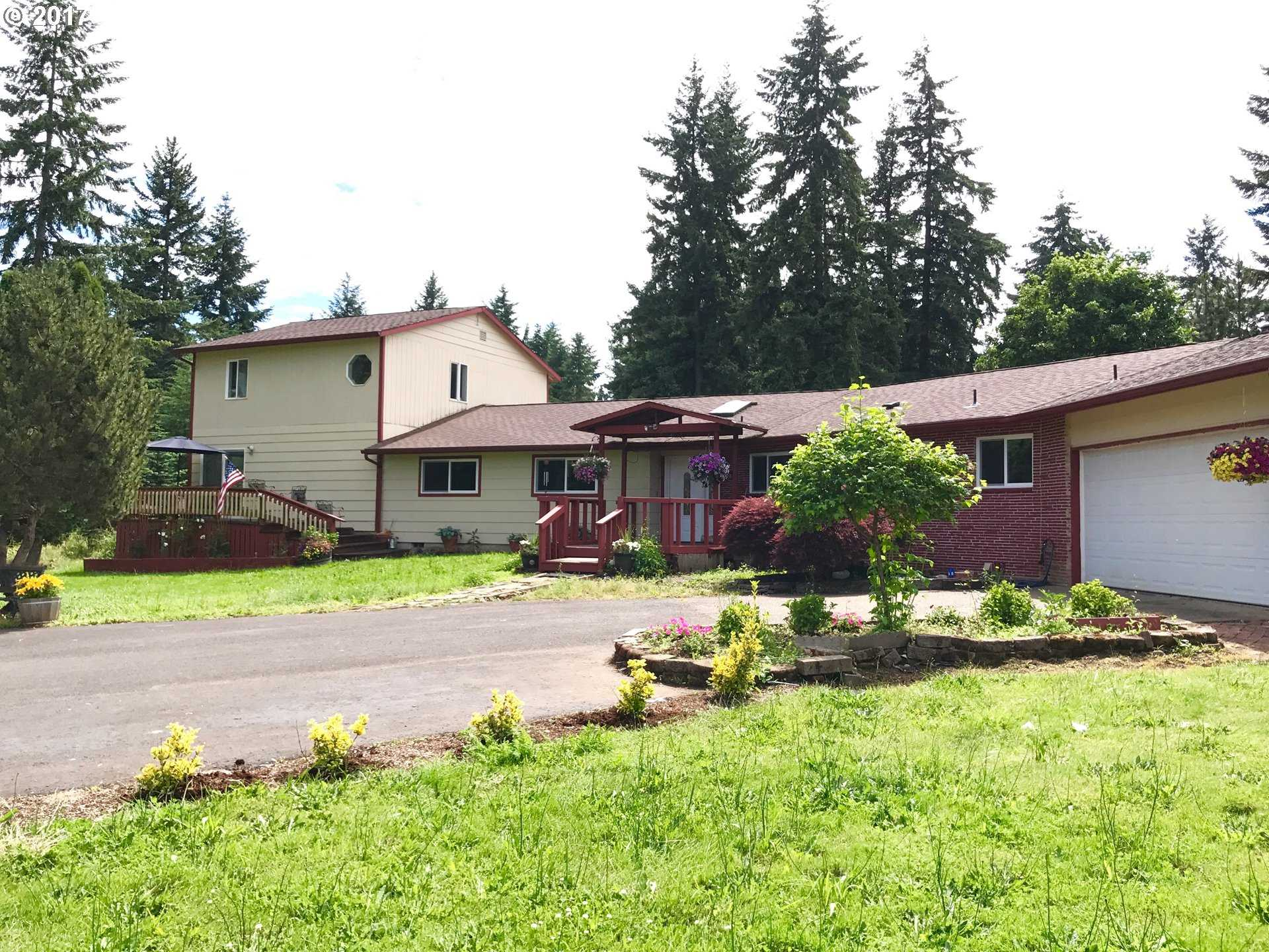 $618,000 - 5Br/4Ba -  for Sale in Molalla