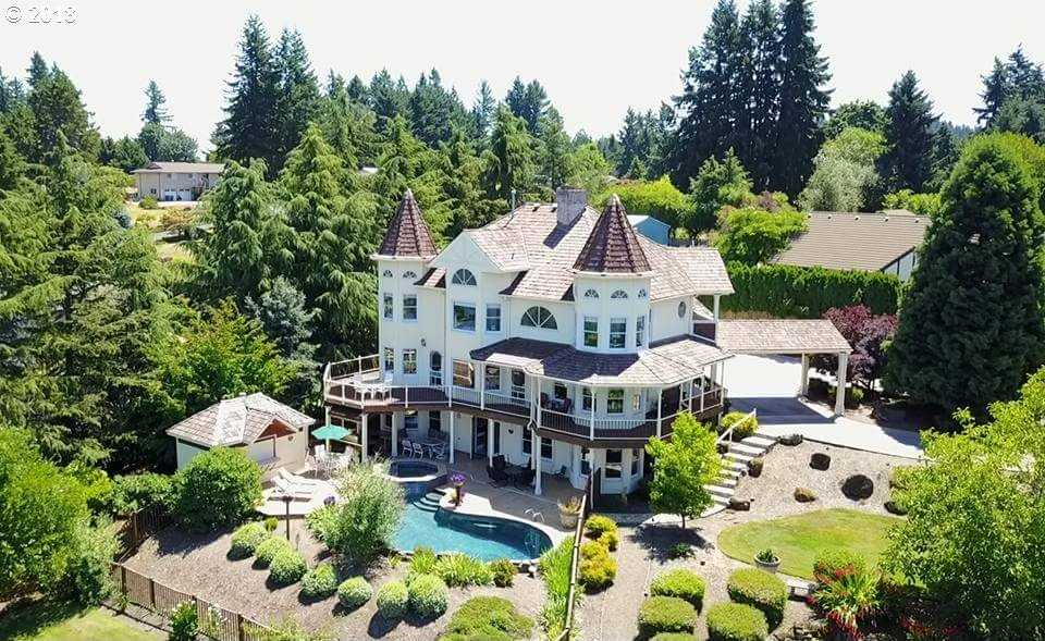 $899,999 - 4Br/4Ba -  for Sale in Cox, Oregon City