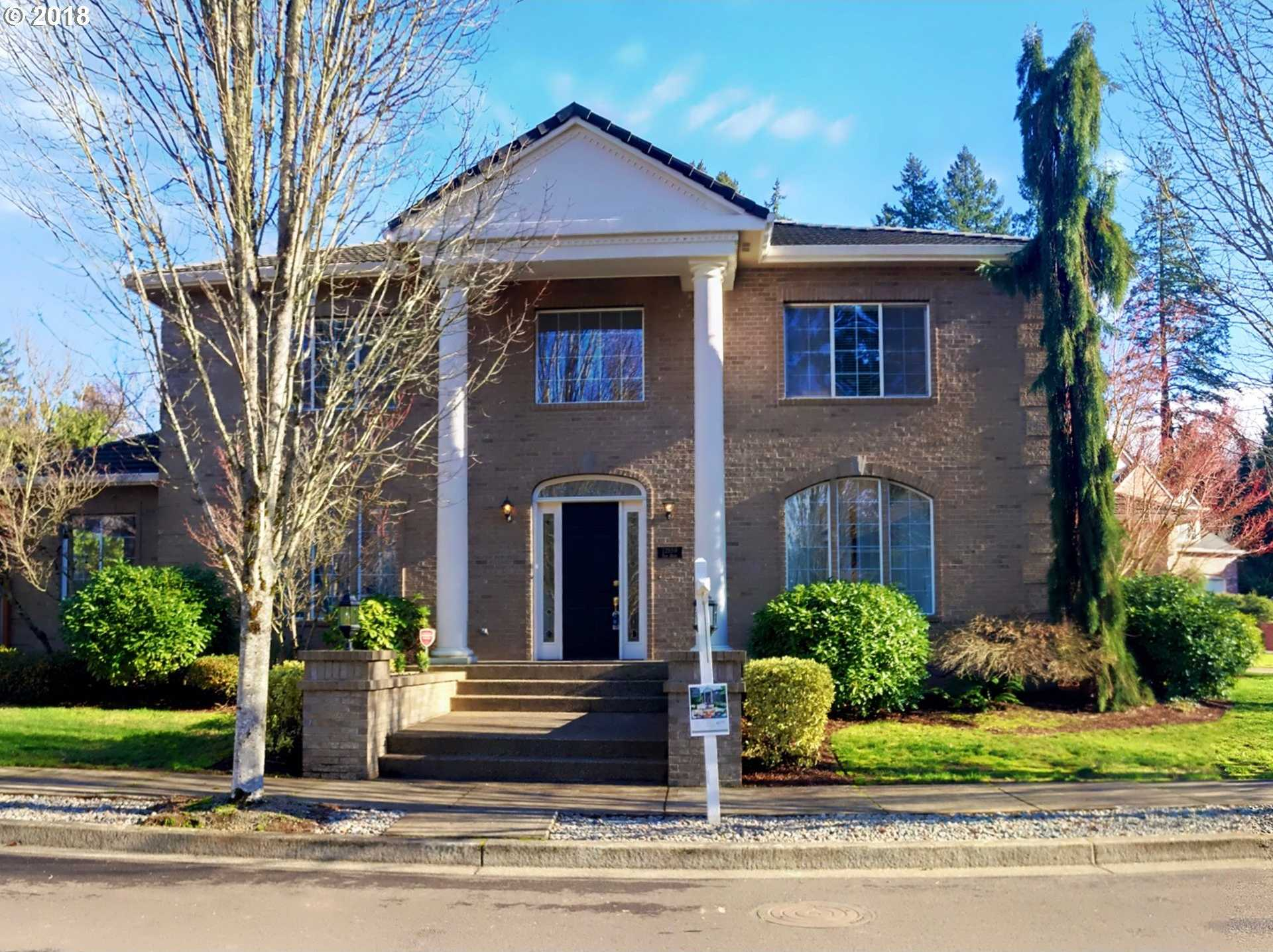 $789,500 - 4Br/4Ba -  for Sale in Victoria Woods, Tualatin