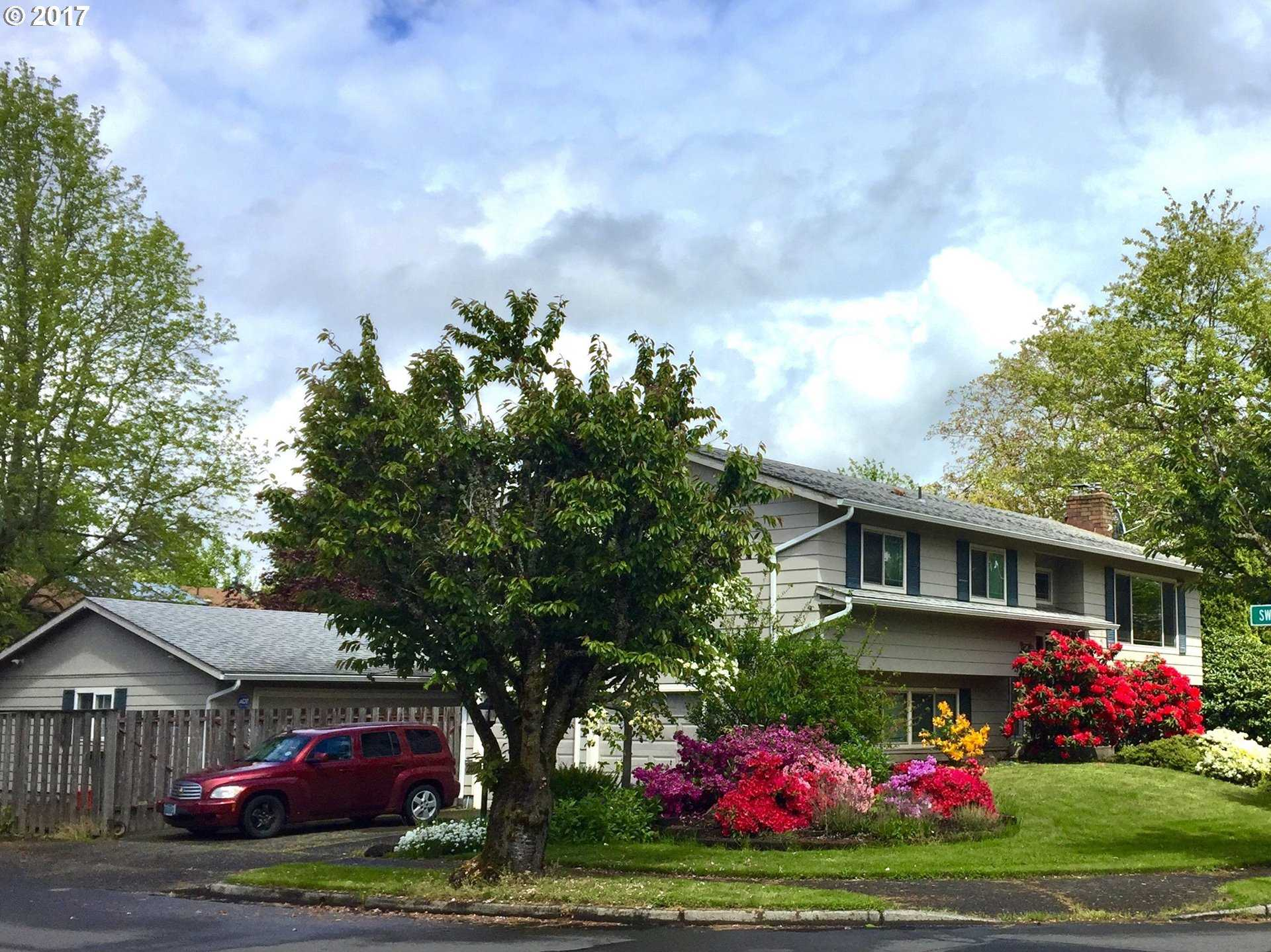 $379,900 - 4Br/3Ba -  for Sale in Troutdale