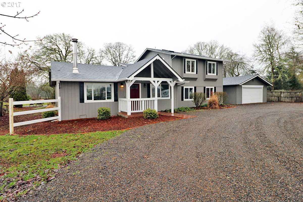 $490,000 - 4Br/3Ba -  for Sale in Canby