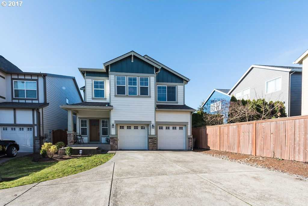 $444,500 - 4Br/3Ba -  for Sale in King City
