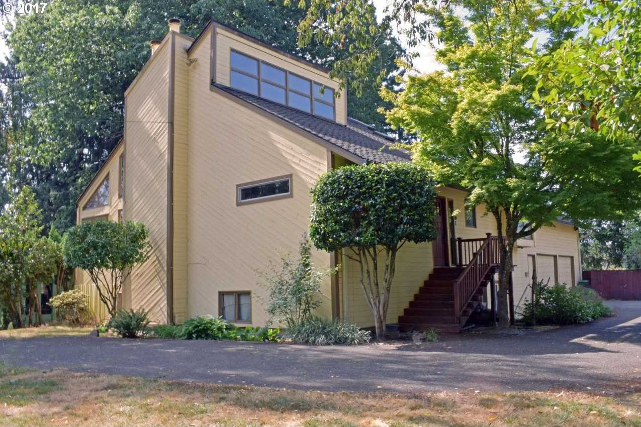 $549,500 - 4Br/3Ba -  for Sale in Milwaukie