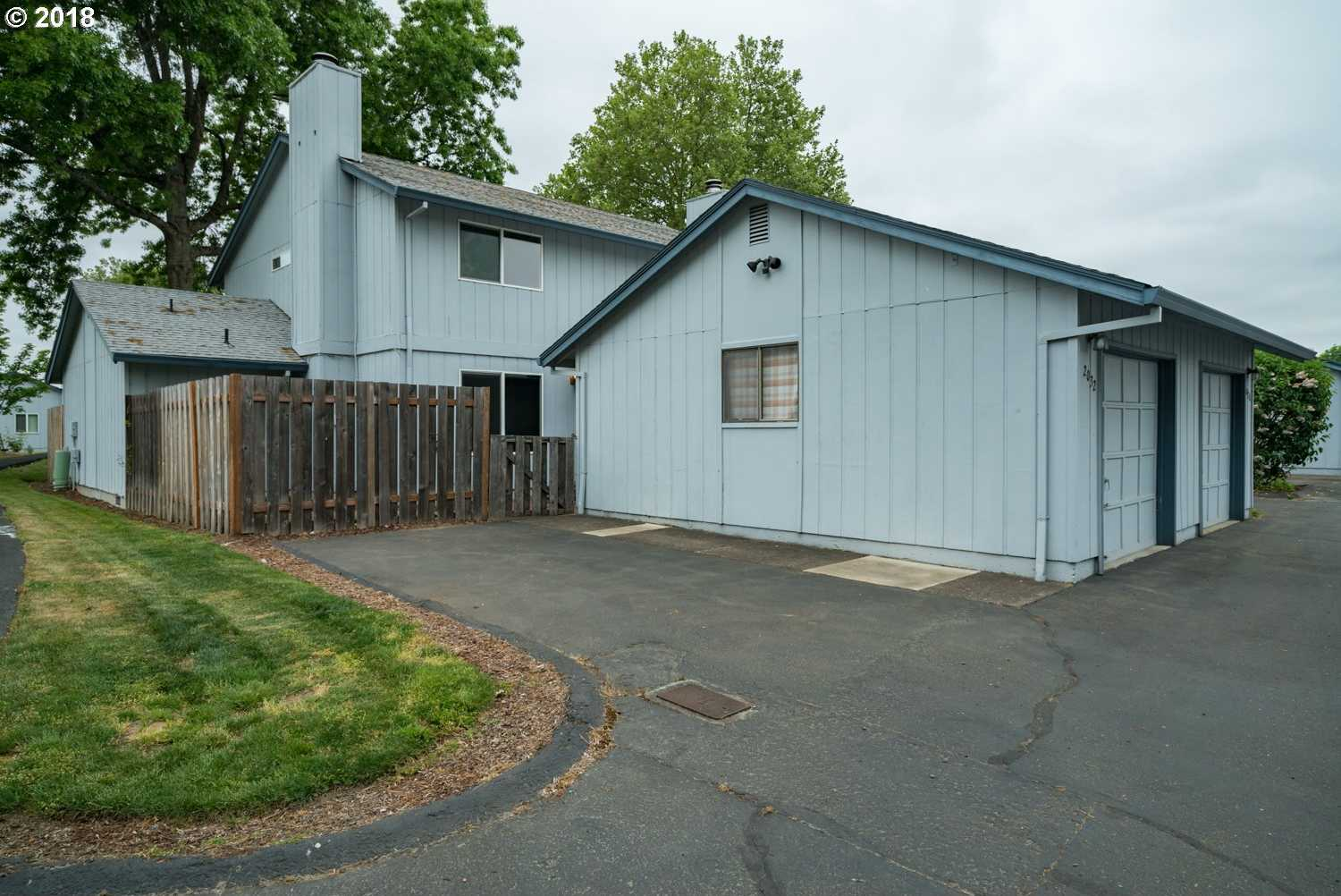$279,900 - 3Br/2Ba -  for Sale in Minter Bridge Townhouses, Hillsboro