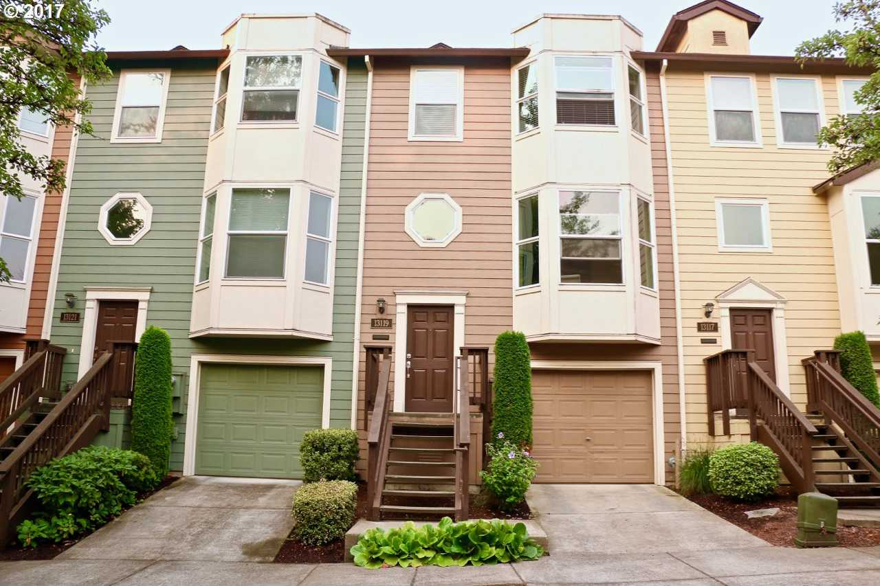 $294,900 - 2Br/2Ba -  for Sale in Quail Hollow West, Tigard