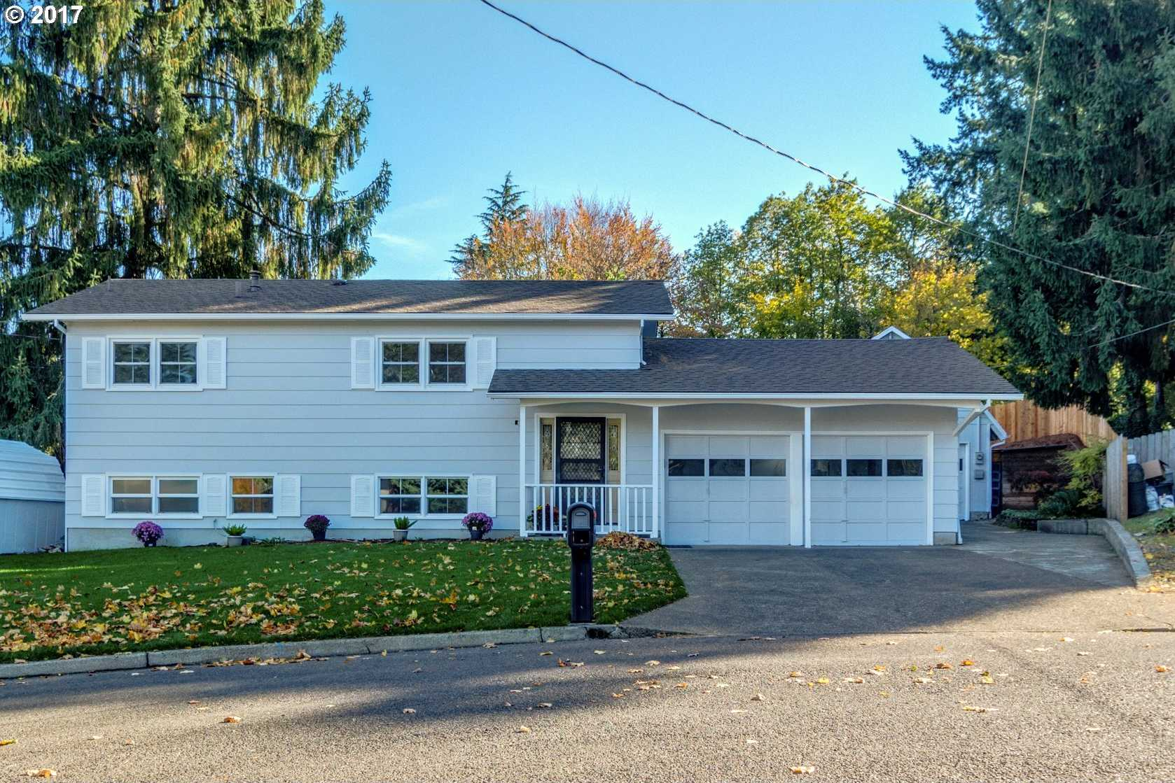 $379,000 - 3Br/2Ba -  for Sale in Lewelling, Milwaukie