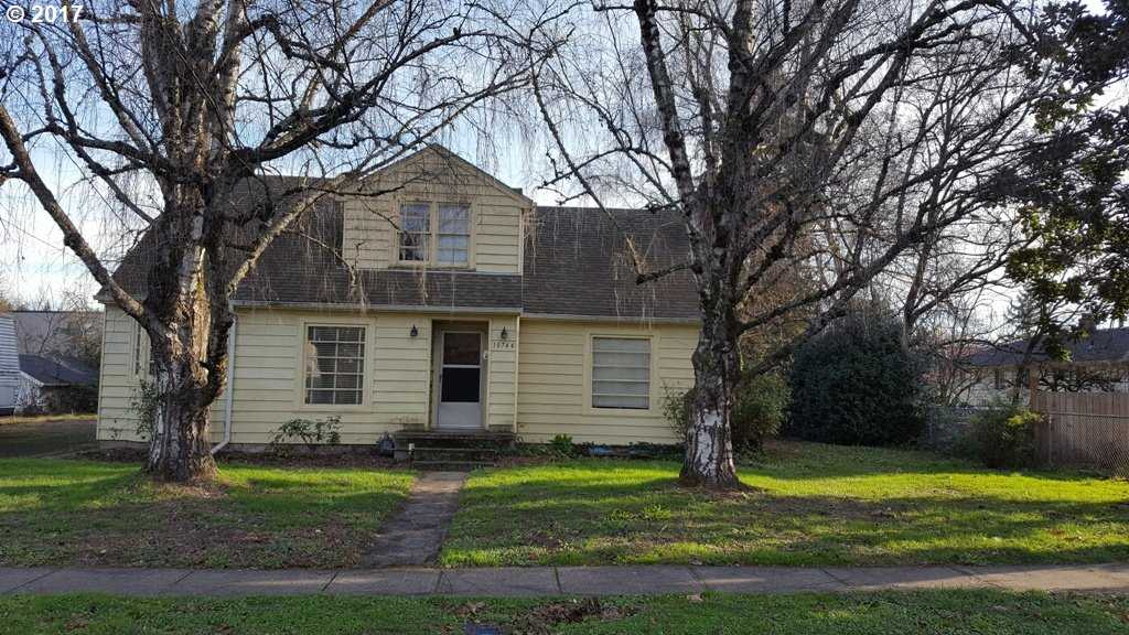 $499,999 - Br/Ba -  for Sale in Milwaukie