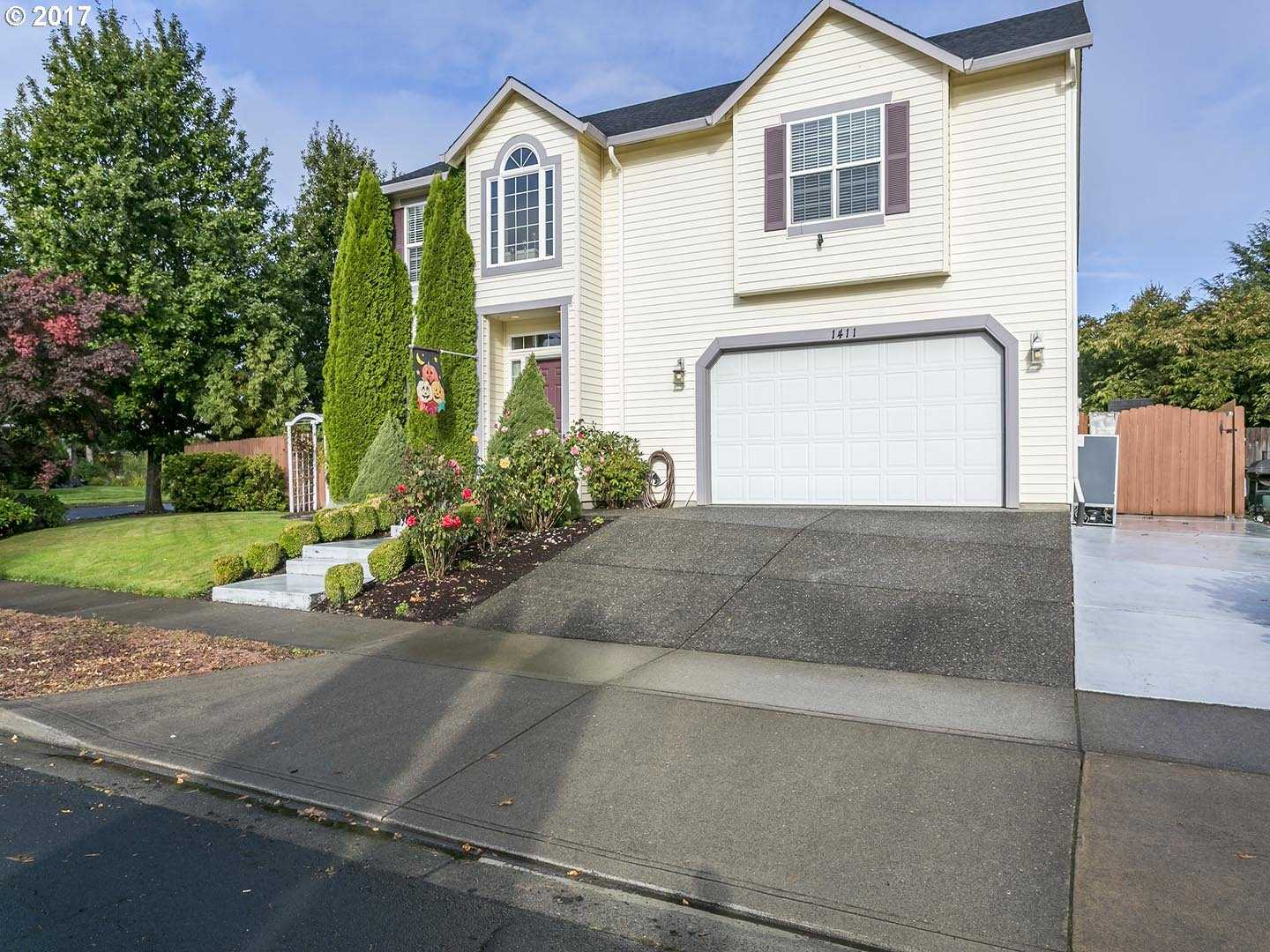 $475,000 - 4Br/3Ba -  for Sale in Pacific Grove, Forest Grove