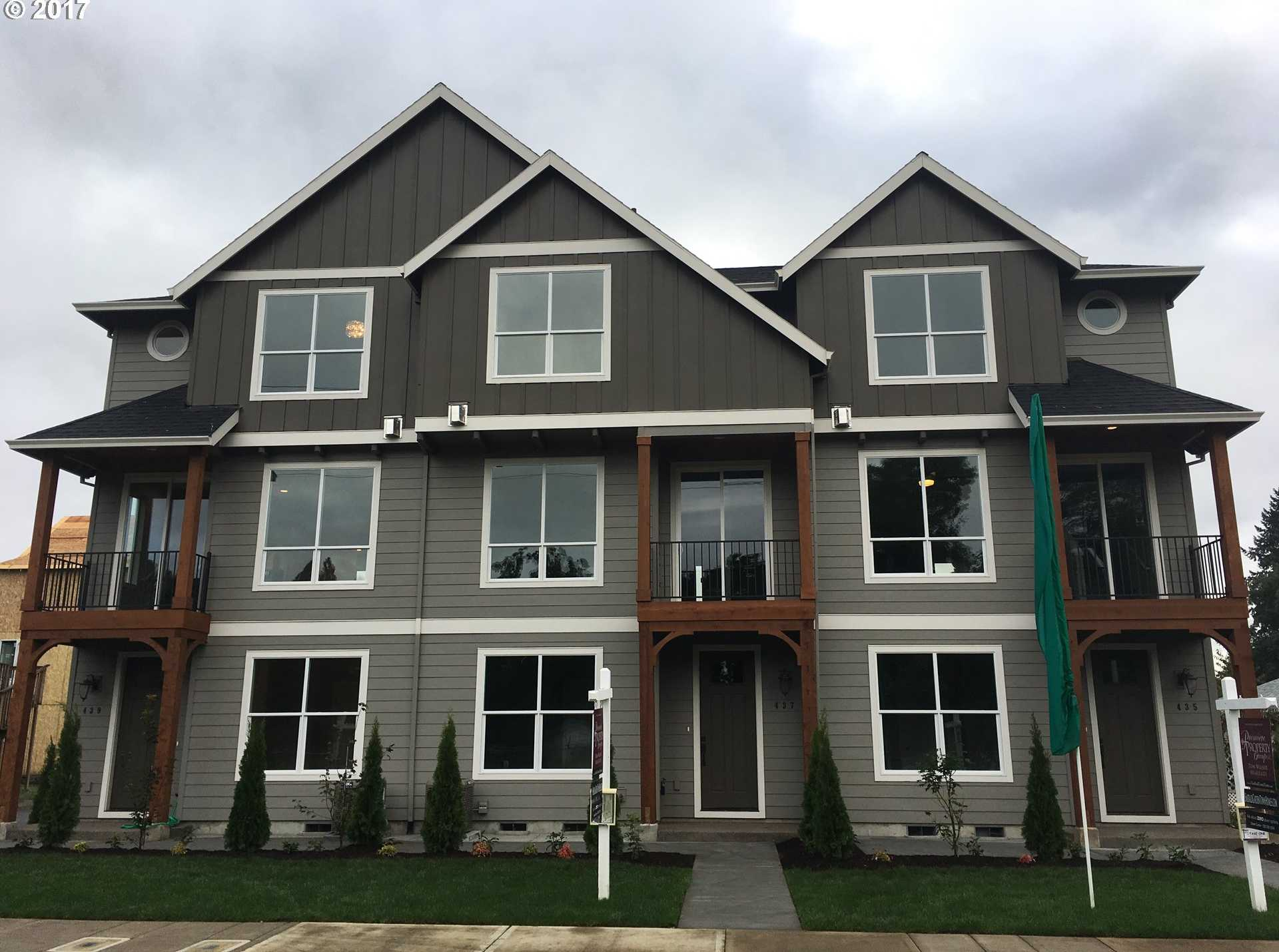 $334,900 - 3Br/3Ba -  for Sale in Emerald Gardens, Canby