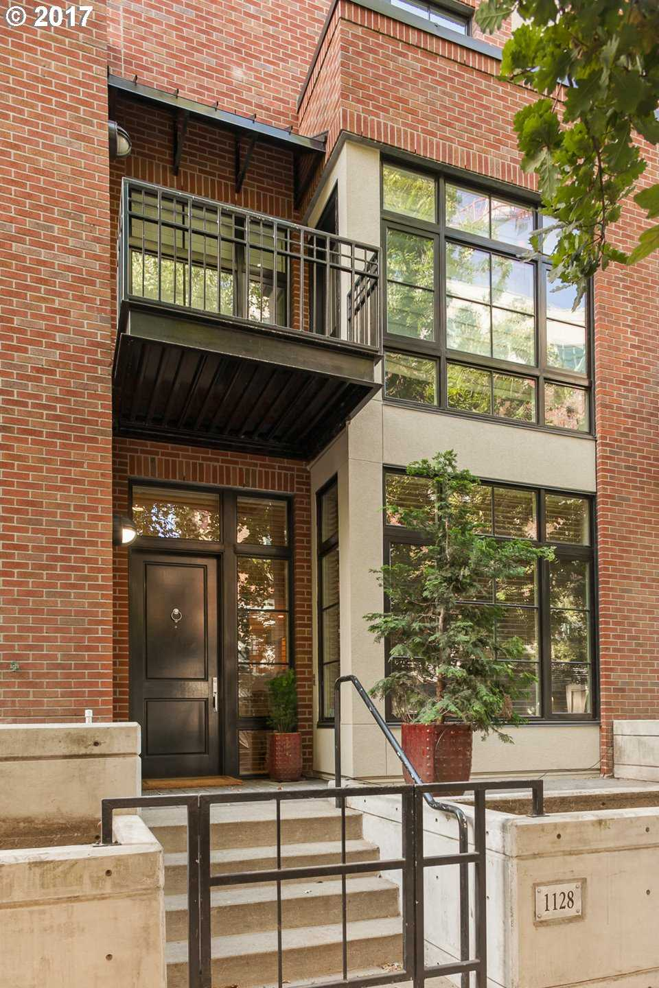 $1,950,000 - 3Br/4Ba -  for Sale in Portland