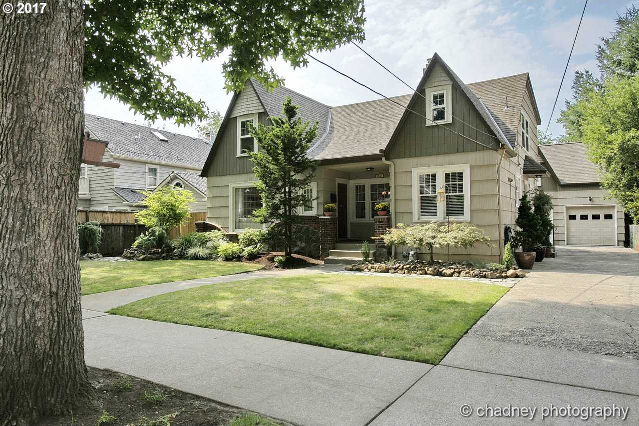 $850,000 - 4Br/2Ba -  for Sale in Eastmoreland, Portland