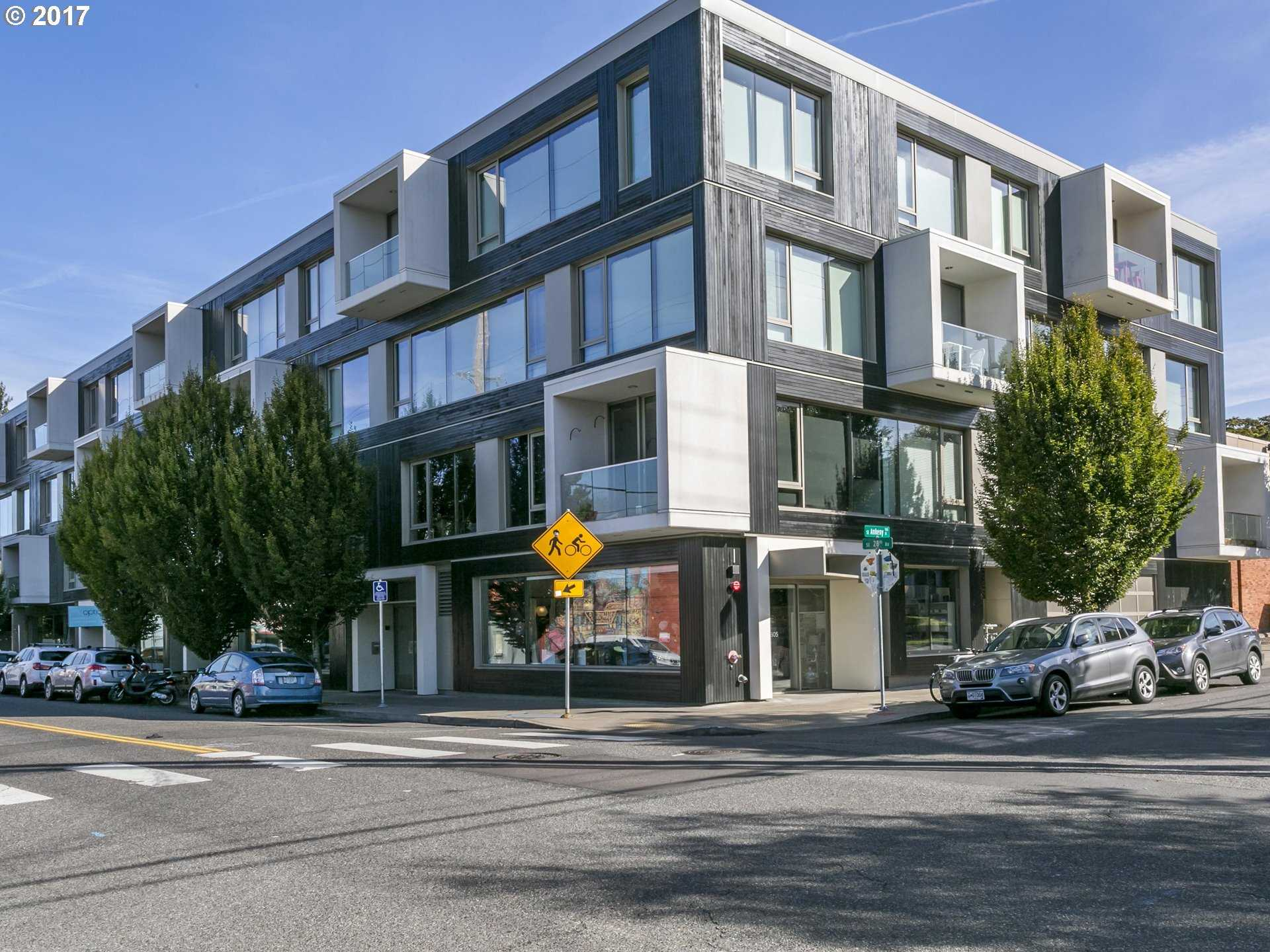 $549,000 - 2Br/2Ba -  for Sale in Kerns, Portland