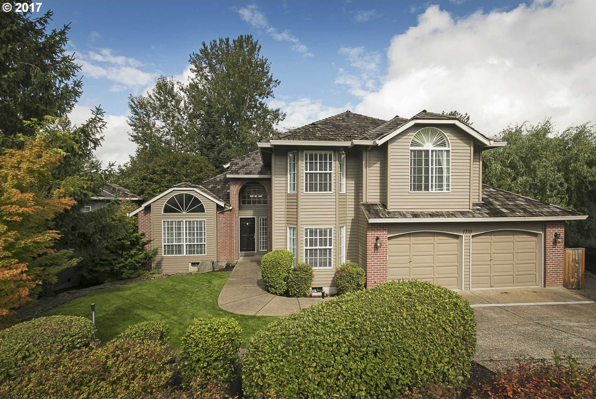 $650,000 - 4Br/3Ba -  for Sale in Forest Heights, Portland