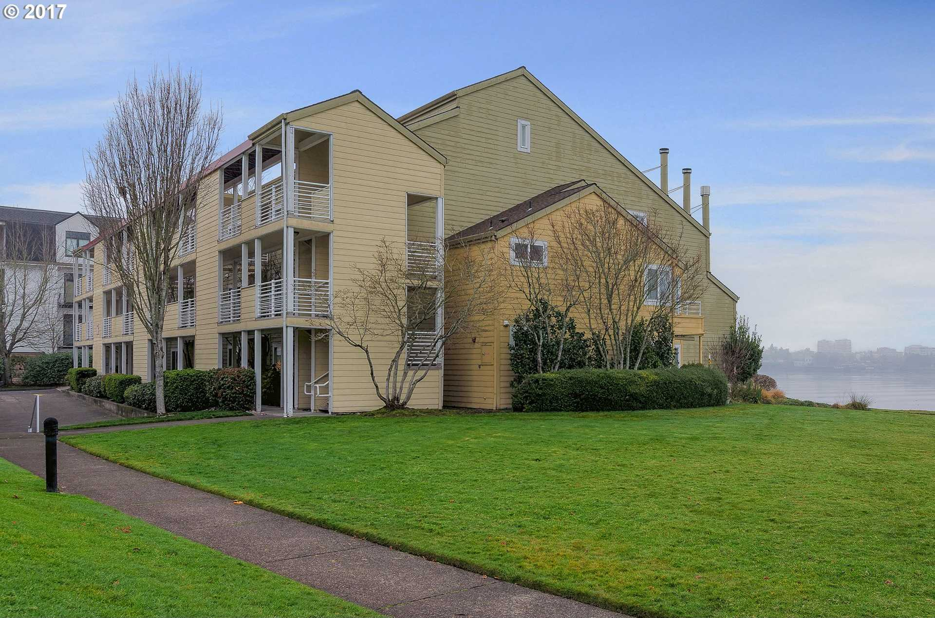 $200,000 - 1Br/1Ba -  for Sale in Columbia Point West Condos, Portland