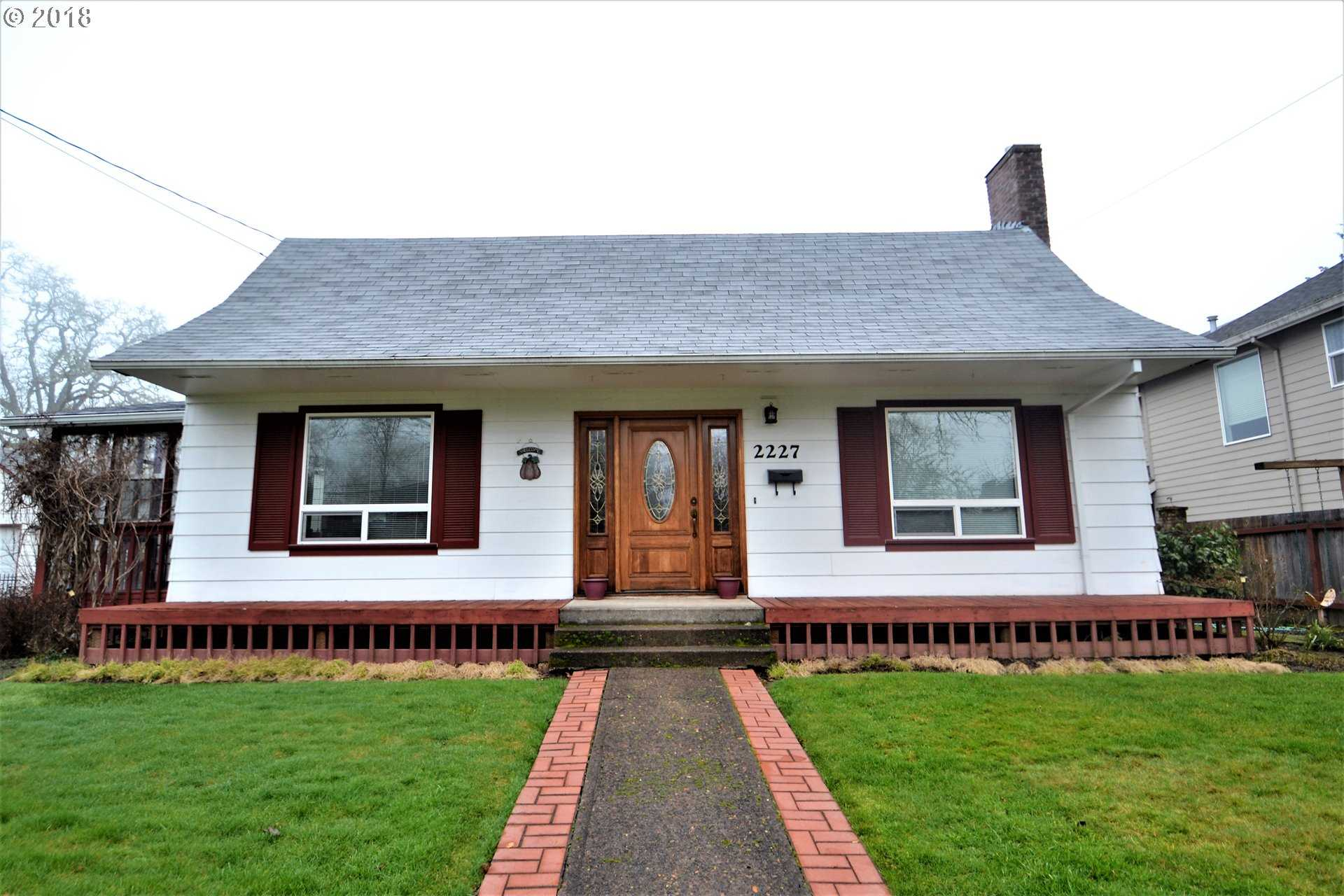 $440,000 - 4Br/3Ba -  for Sale in Forest Grove