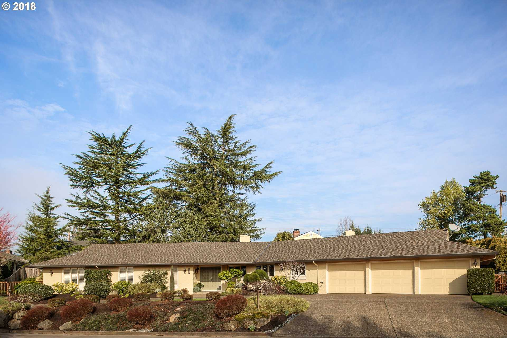 $929,000 - 4Br/3Ba -  for Sale in Portland