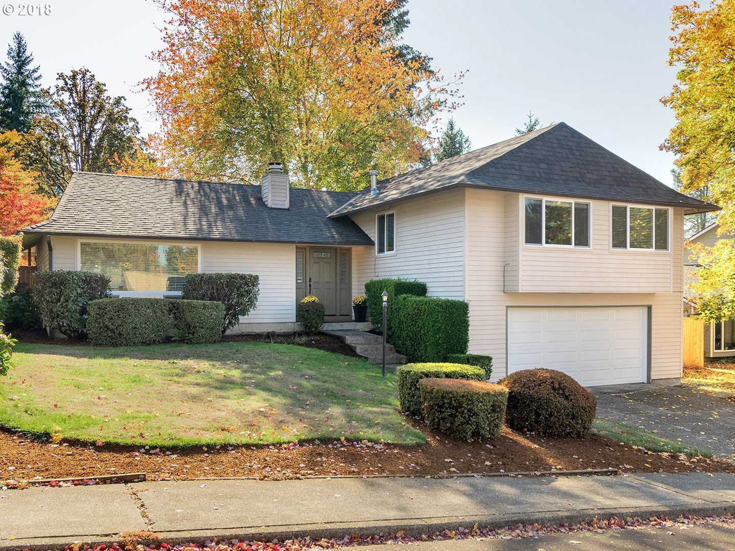 $469,000 - 4Br/3Ba -  for Sale in Portland