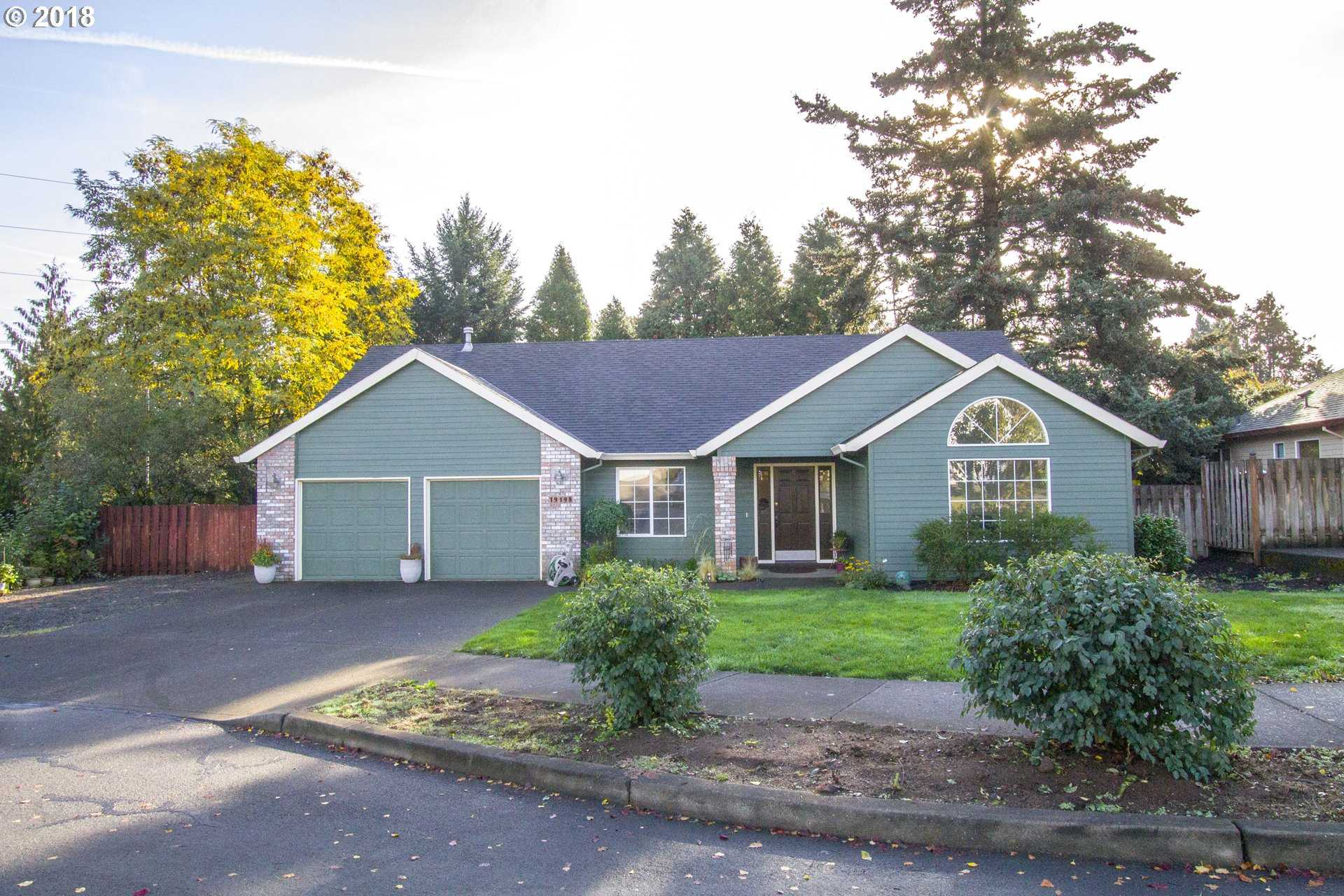 $469,000 - 3Br/2Ba -  for Sale in Oregon City
