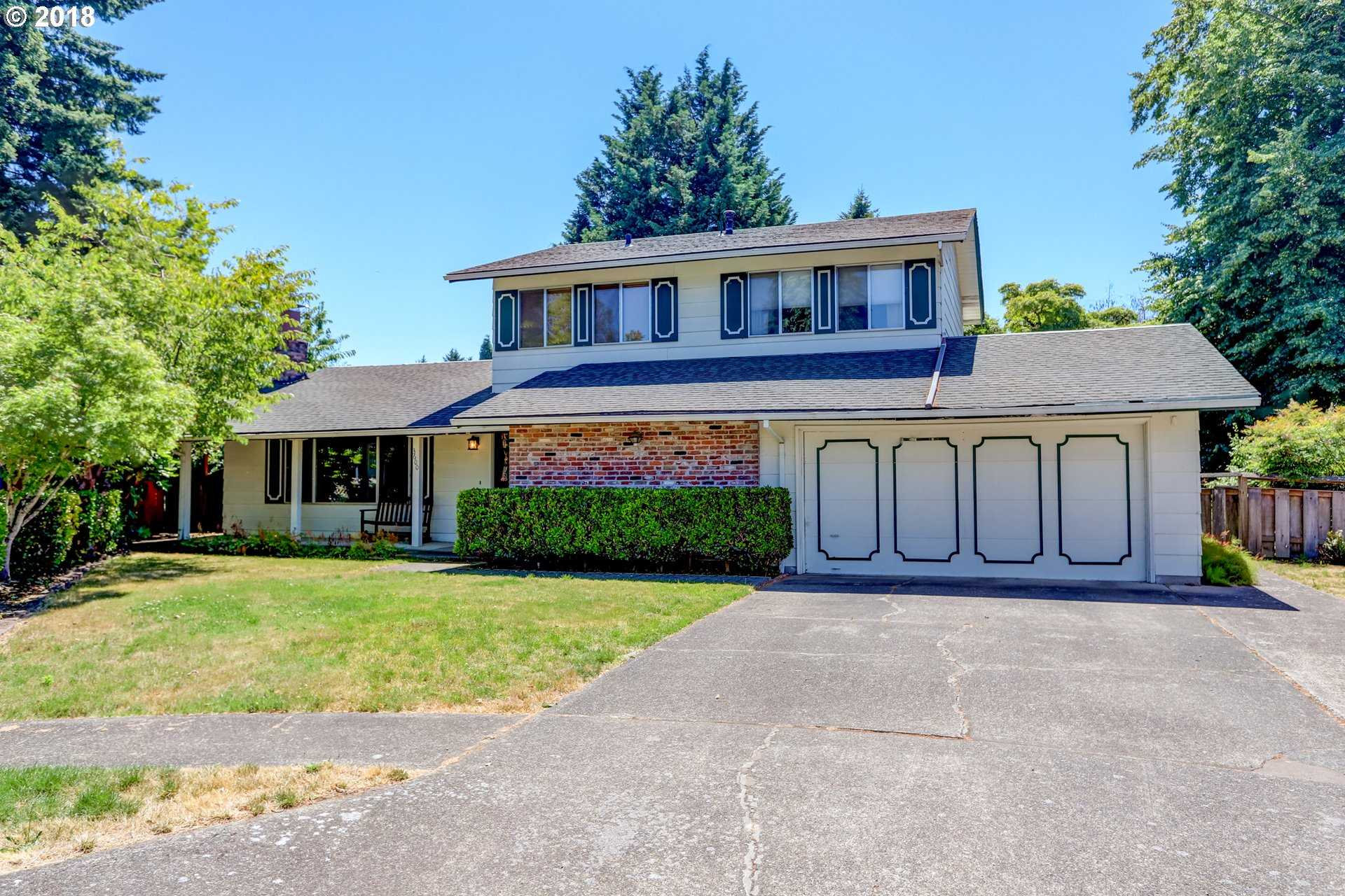 $469,000 - 4Br/3Ba -  for Sale in Somerset, Portland
