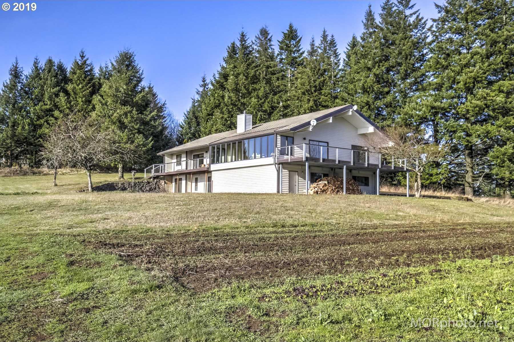 $980,000 - 4Br/4Ba -  for Sale in Hillsboro