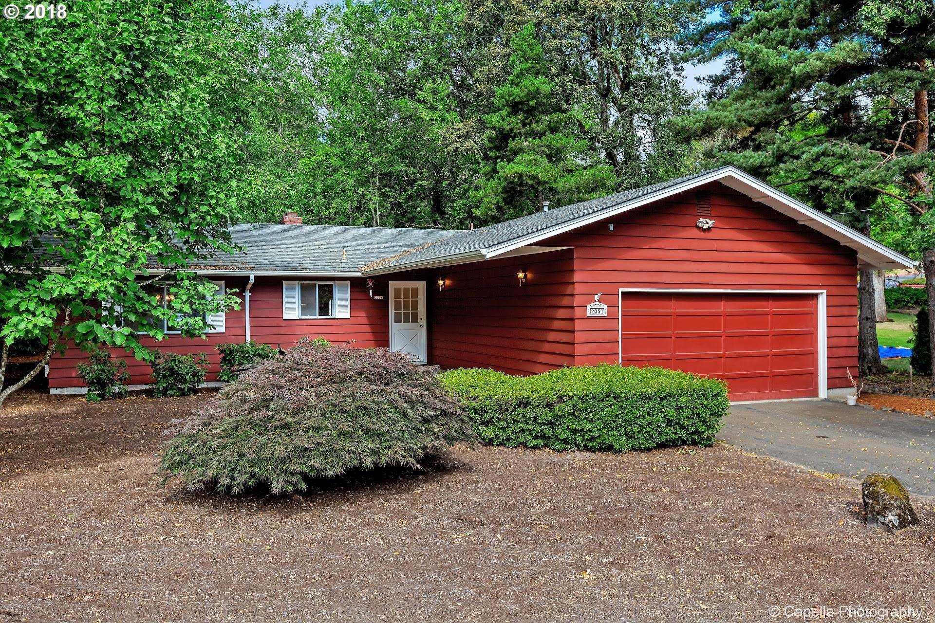 $549,900 - 2Br/2Ba -  for Sale in Lake Oswego