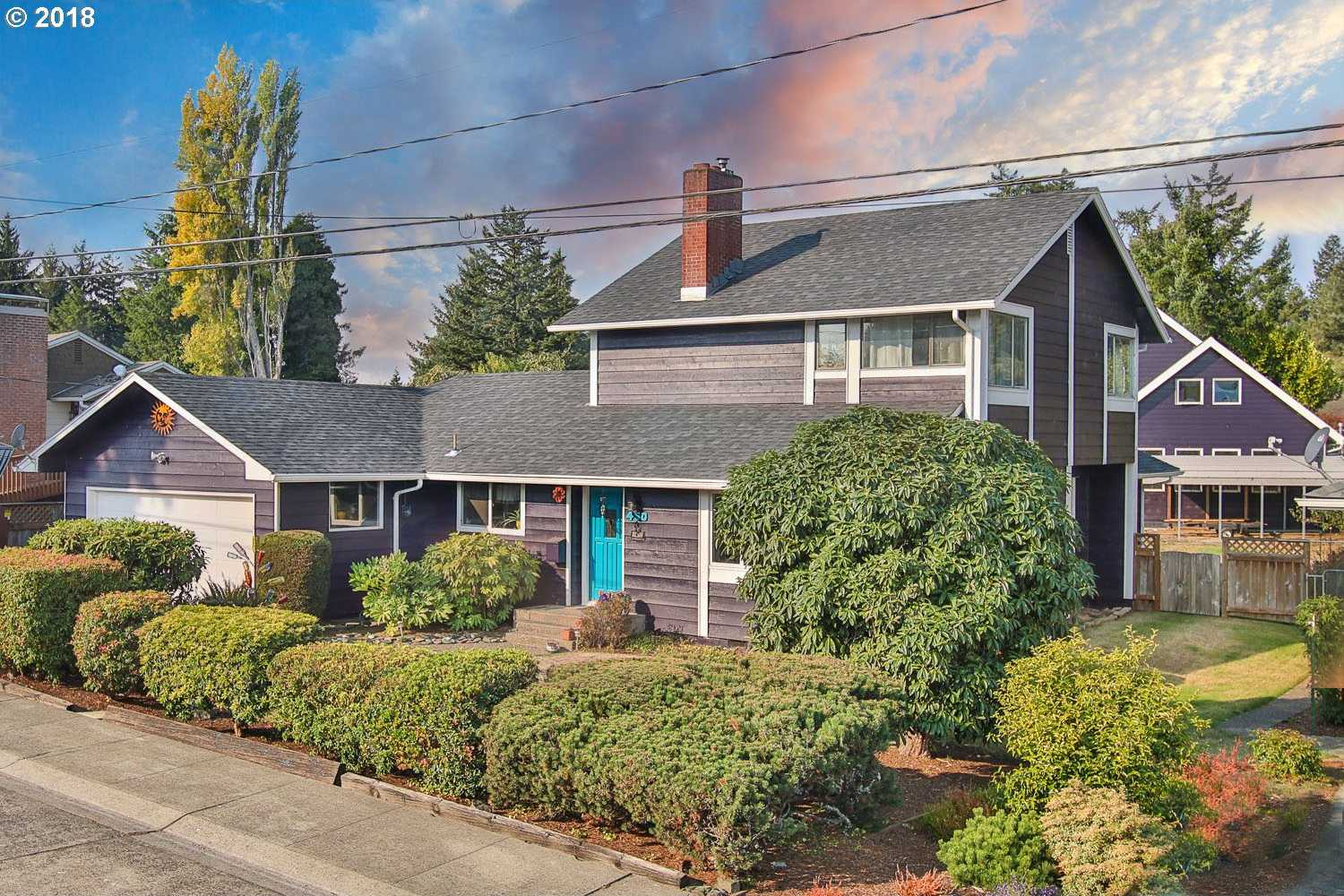 $409,000 - 4Br/3Ba -  for Sale in North Bend