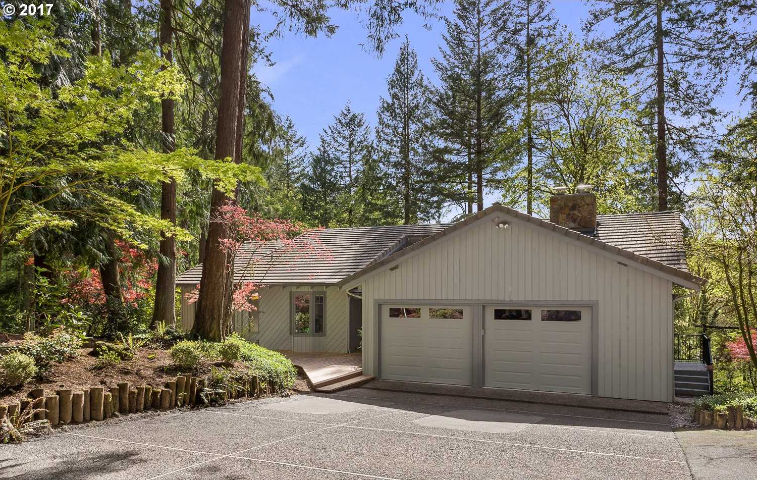 $950,000 - 4Br/3Ba -  for Sale in Hillsboro