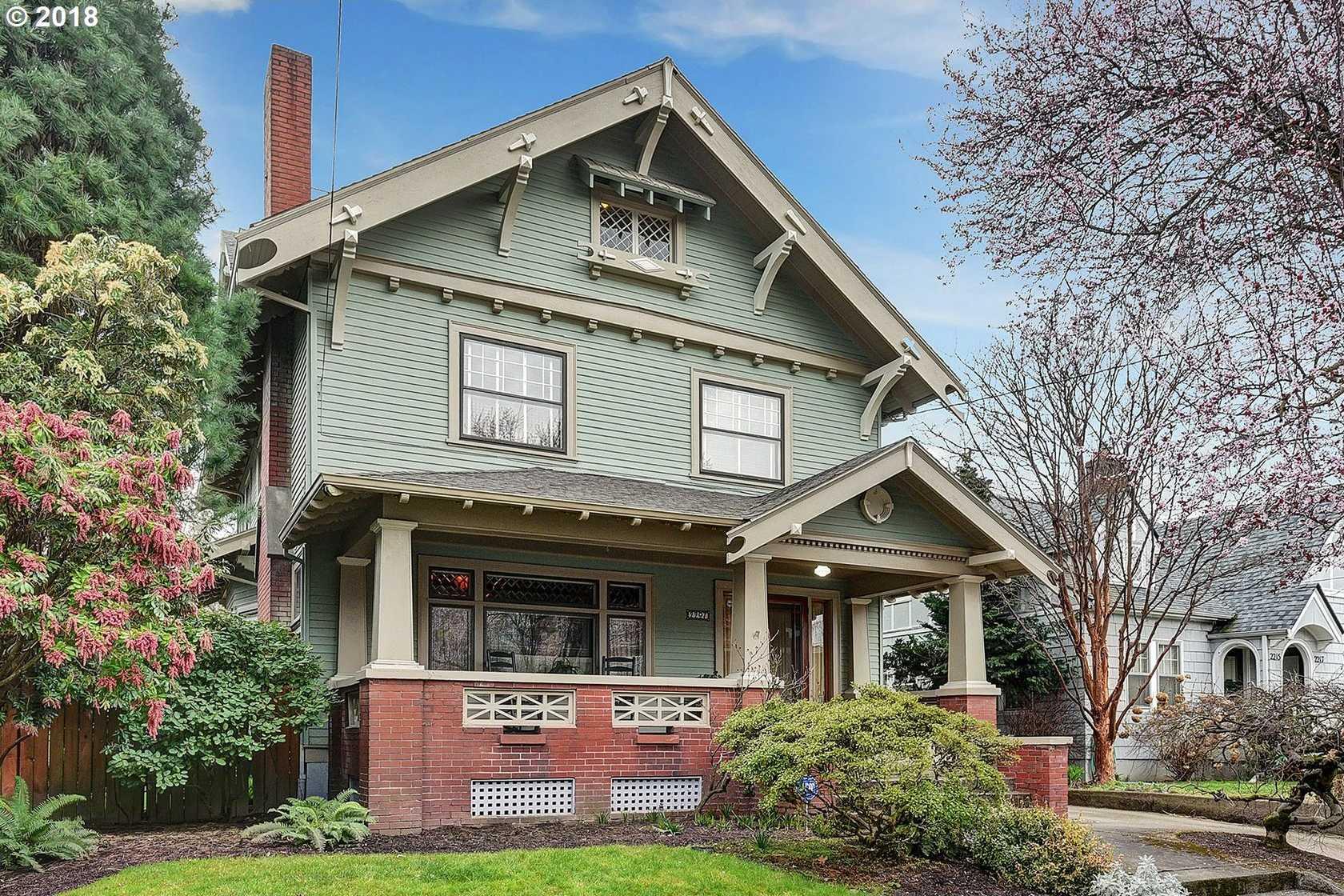$1,100,000 - 4Br/3Ba -  for Sale in Irvington, Portland