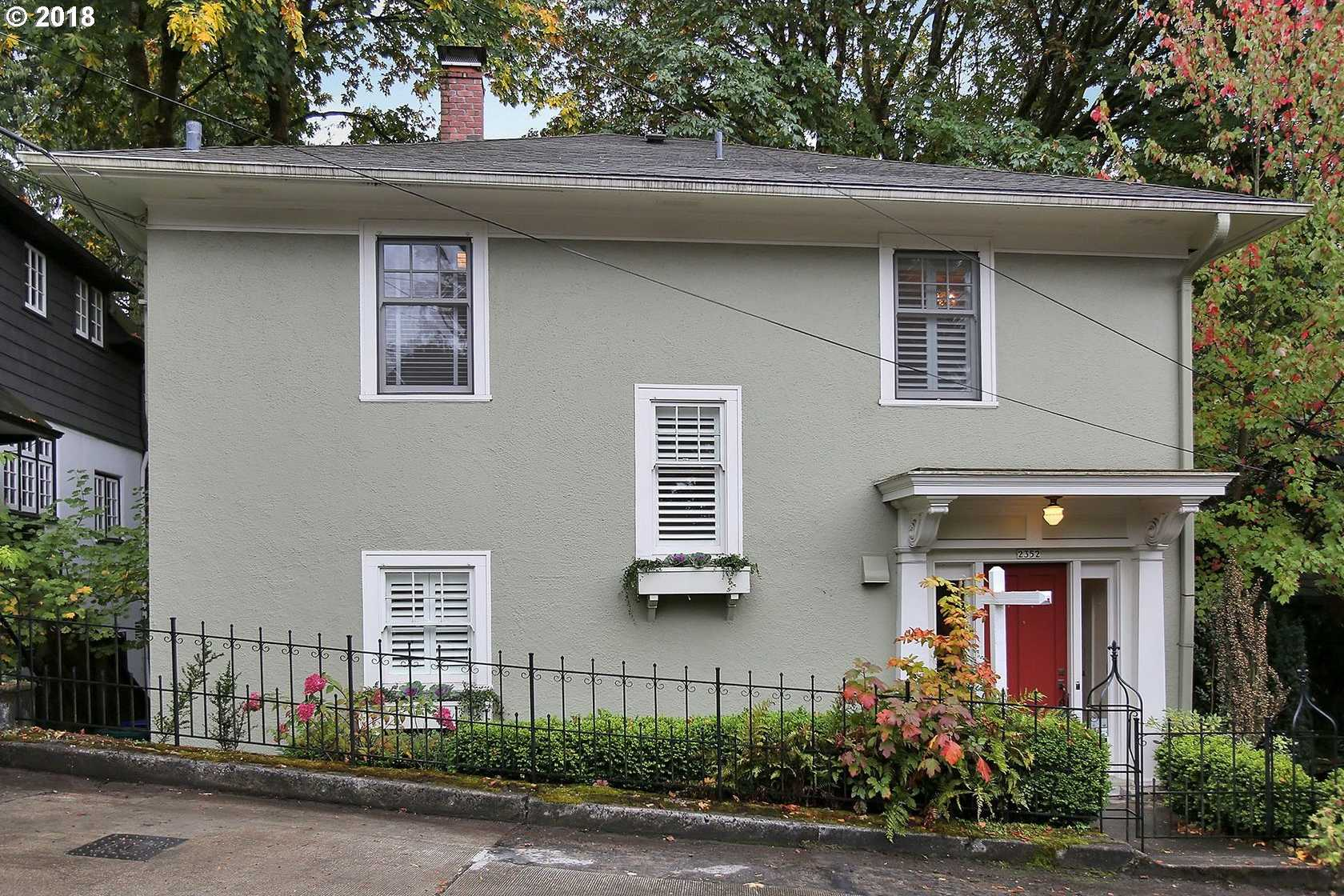 $729,000 - 4Br/3Ba -  for Sale in Portland