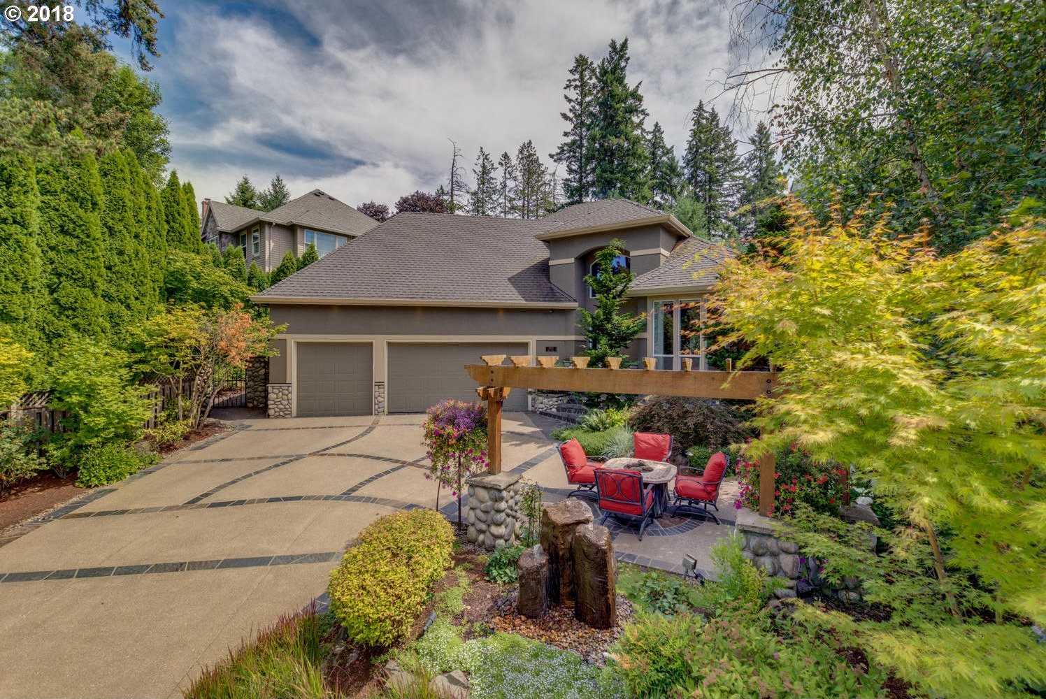 $899,900 - 4Br/3Ba -  for Sale in Victoria Woods, Tualatin