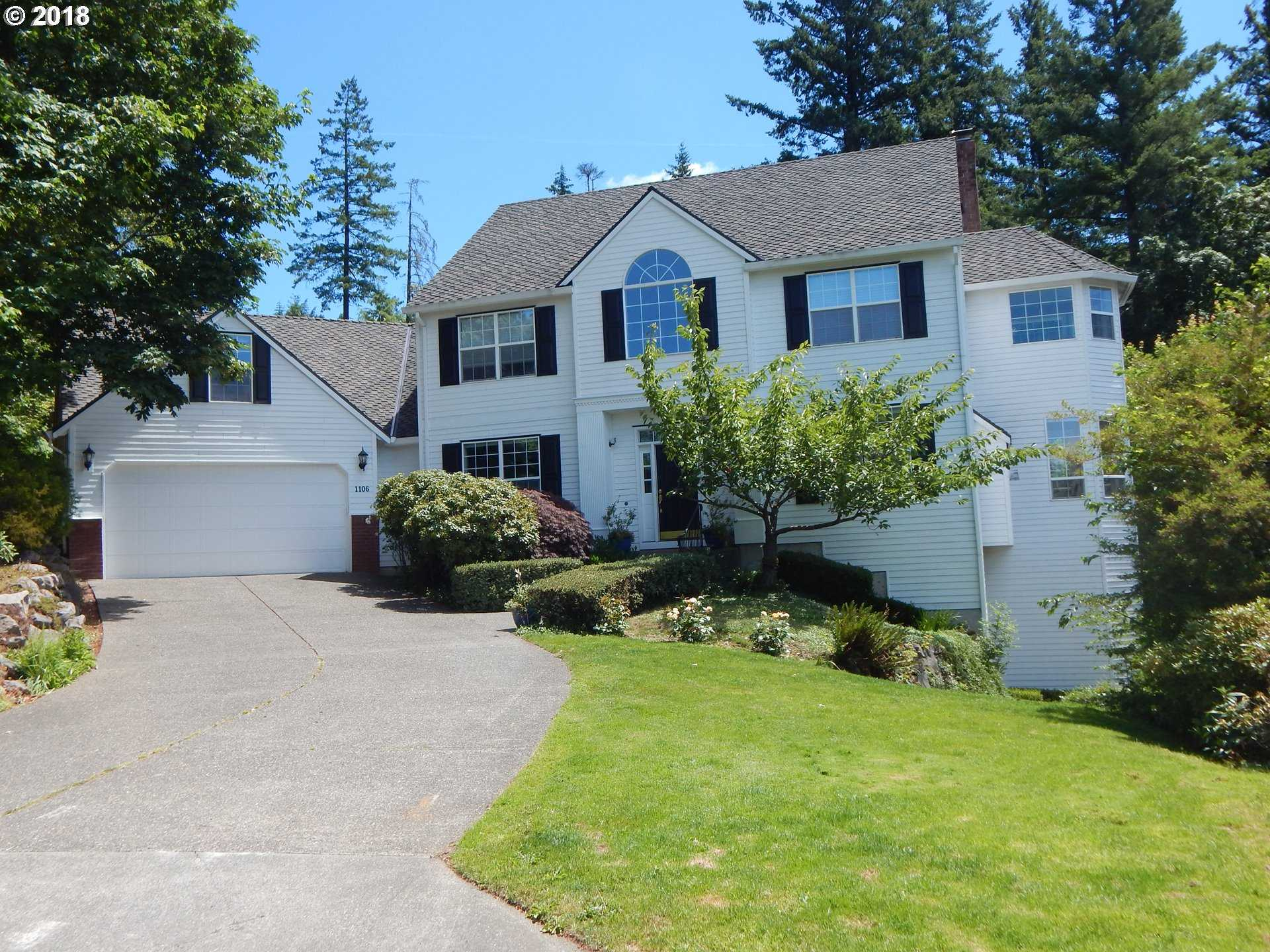 $899,900 - 4Br/4Ba -  for Sale in Portland