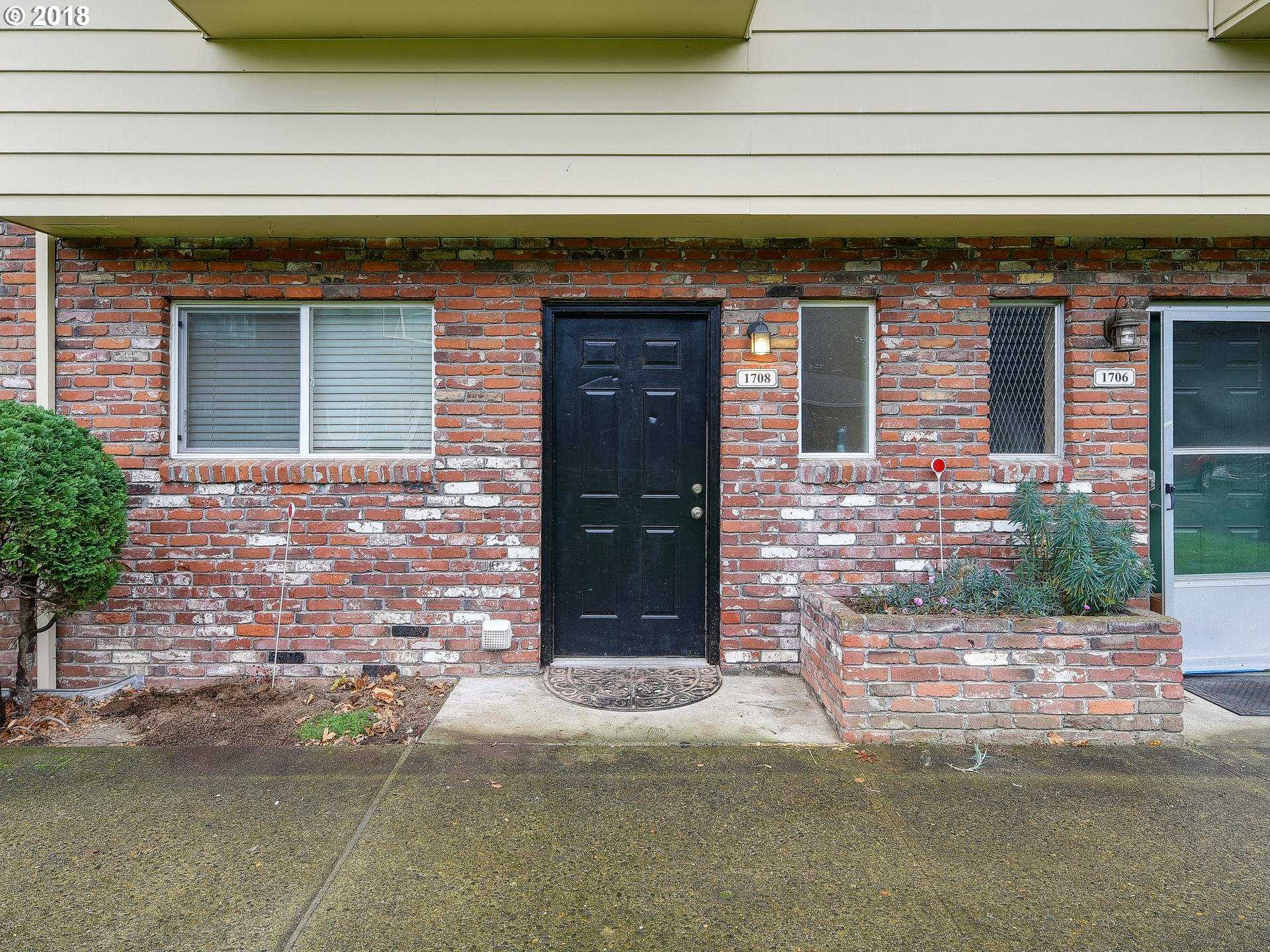 $185,000 - 2Br/2Ba -  for Sale in Country Club Estate, Gresham