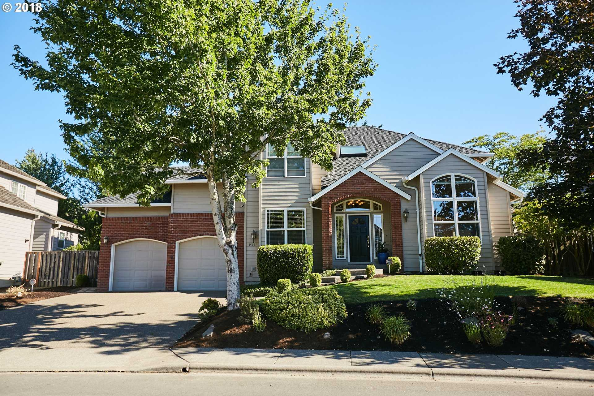 $769,900 - 4Br/3Ba -  for Sale in Bethany, Parc Bethany, Portland