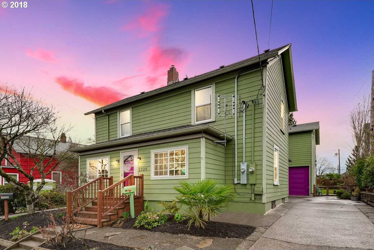 $950,000 - 5Br/3Ba -  for Sale in Sellwood/moreland, Portland