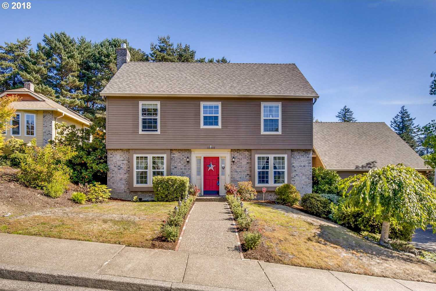 $549,900 - 4Br/3Ba -  for Sale in Portland