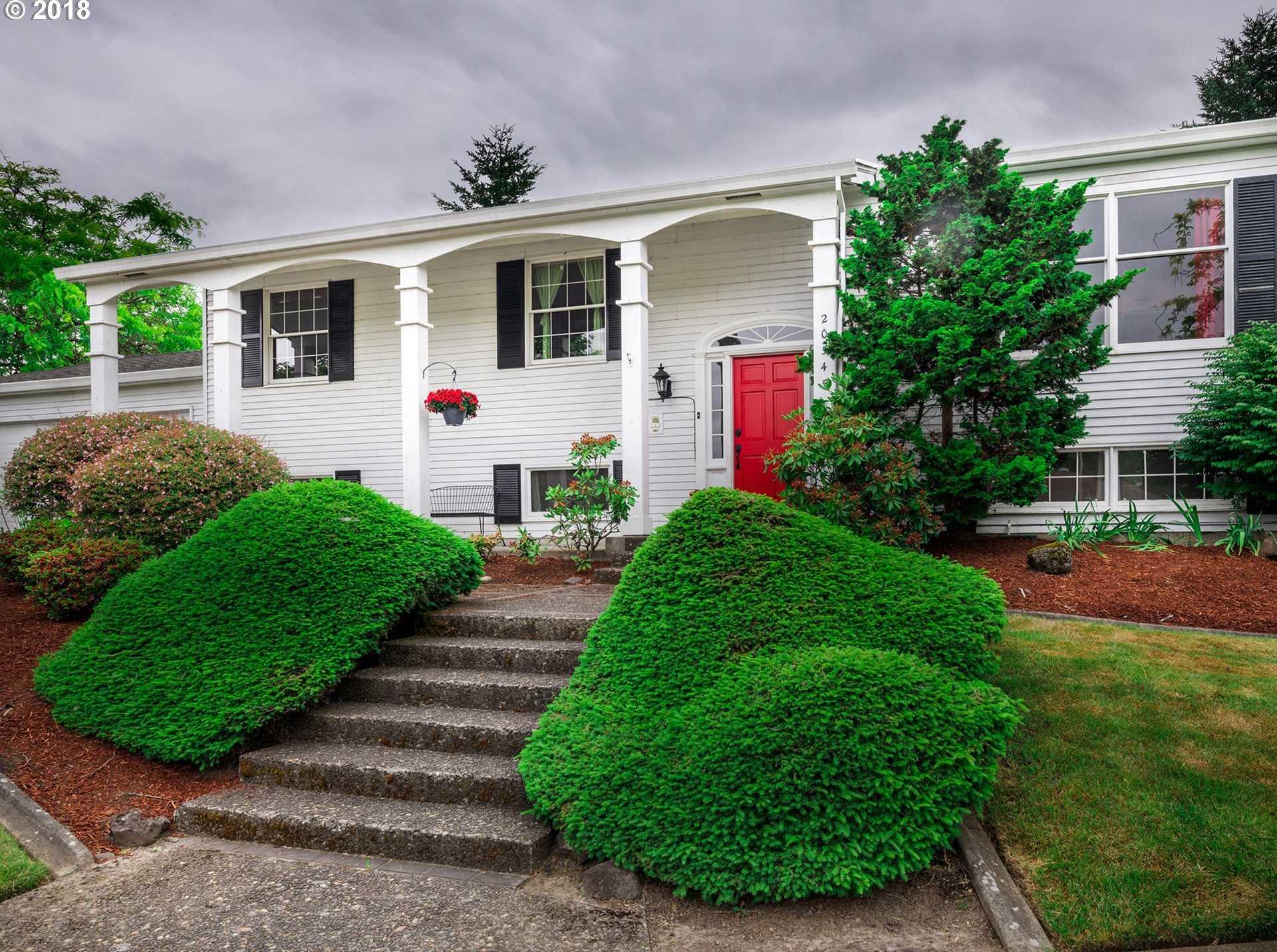 $529,950 - 5Br/3Ba -  for Sale in Rock Creek, Portland