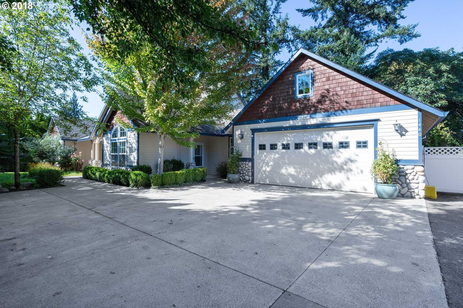 $475,000 - 4Br/4Ba -  for Sale in Erika Acres, Canby