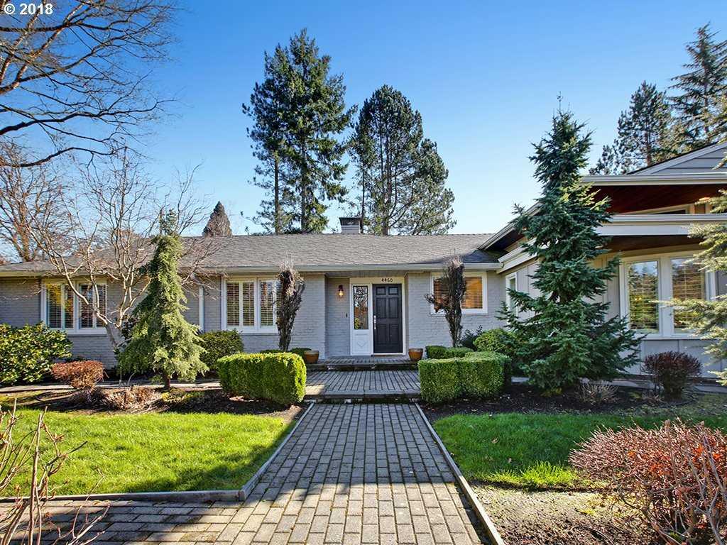 $999,900 - 4Br/3Ba -  for Sale in Broadmoor, Portland