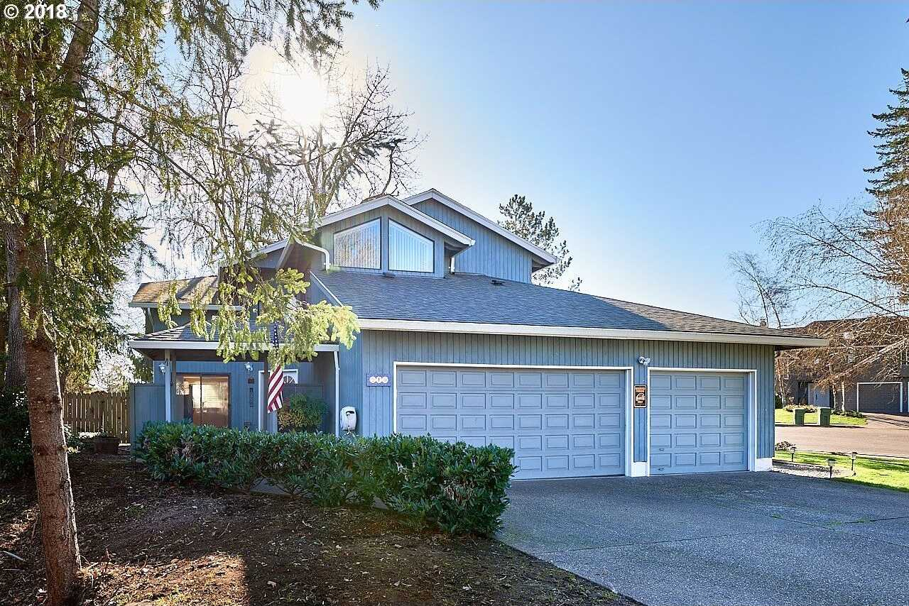 $369,900 - 3Br/3Ba -  for Sale in Newberg