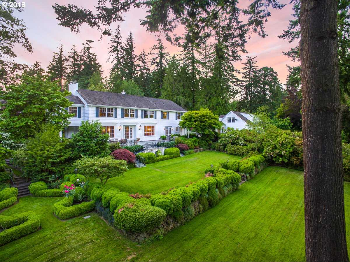 $3,499,000 - 6Br/6Ba -  for Sale in Dunthorpe, Portland