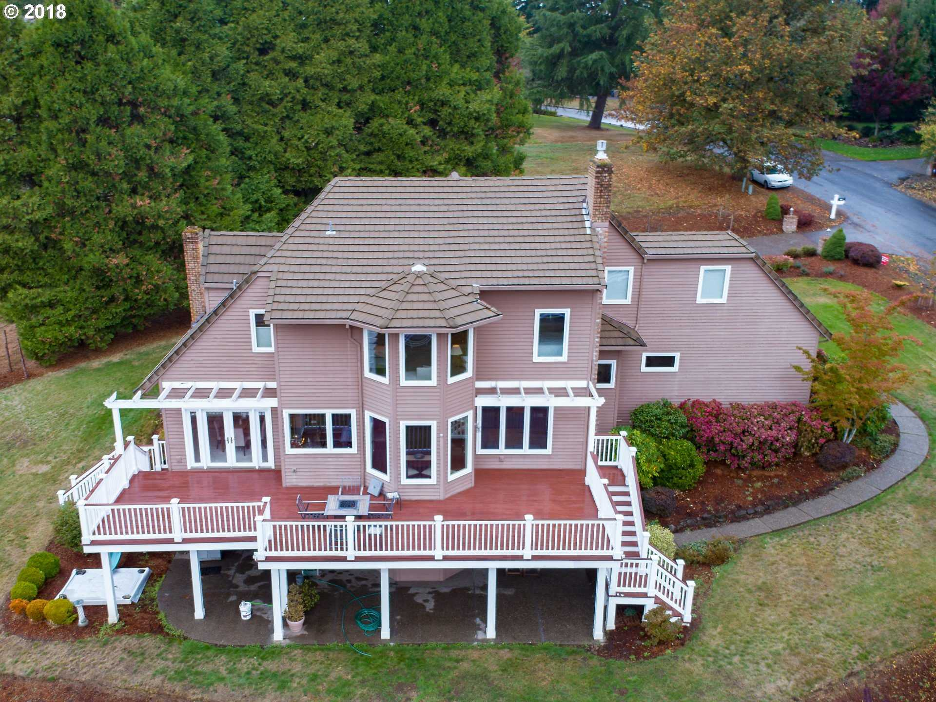 $975,000 - 3Br/3Ba -  for Sale in Trail Road, Tualatin