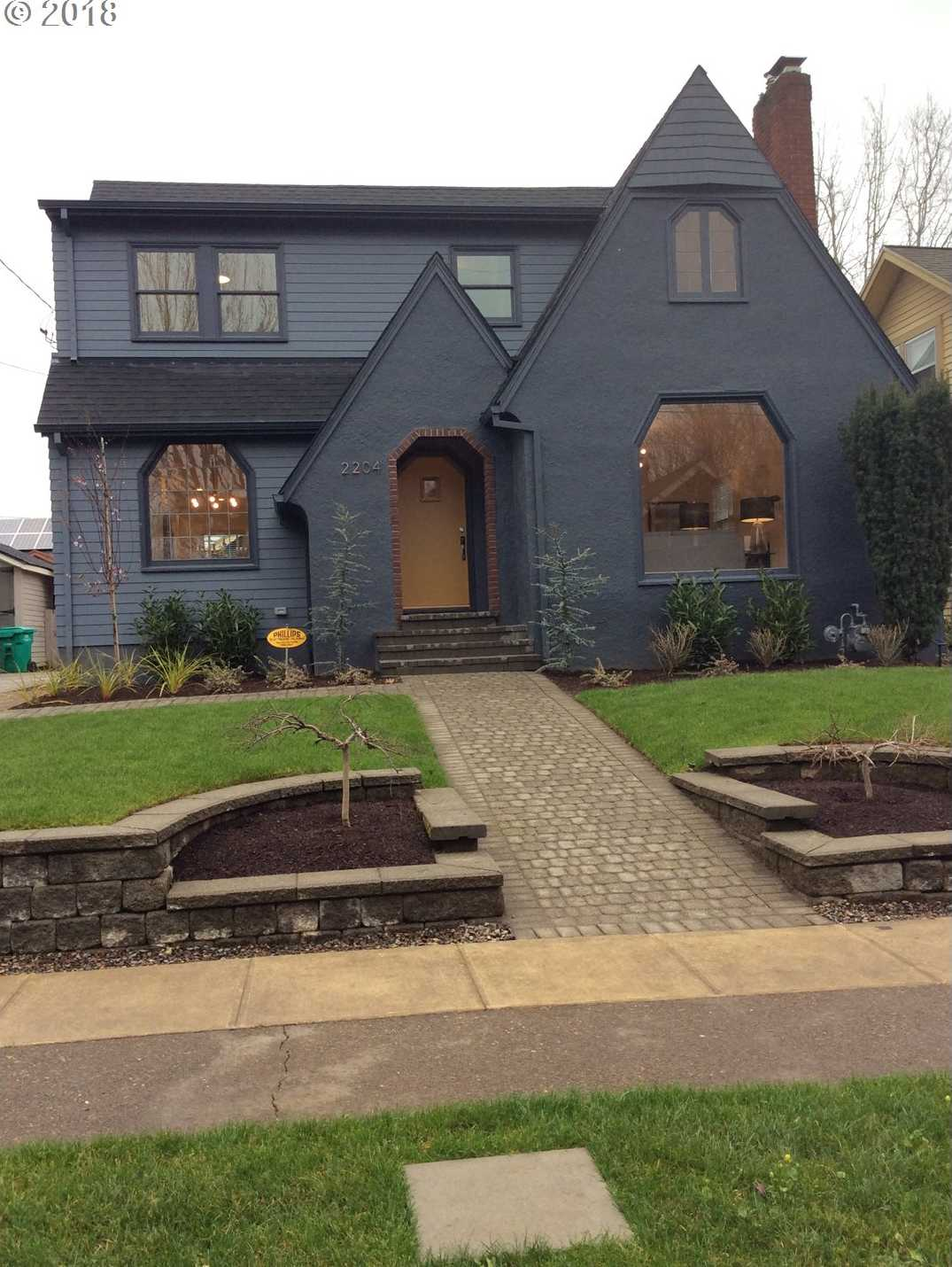 $1,025,000 - 5Br/4Ba -  for Sale in Grant Park, Portland