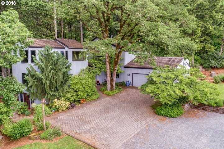 $1,000,000 - 5Br/4Ba -  for Sale in Newberg