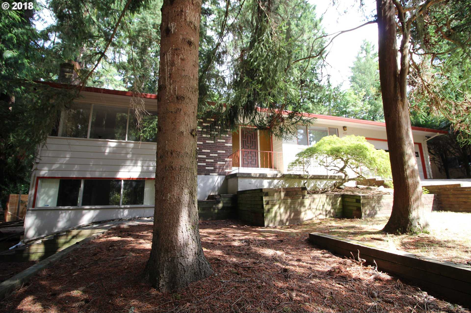 $549,982 - 5Br/3Ba -  for Sale in Portland