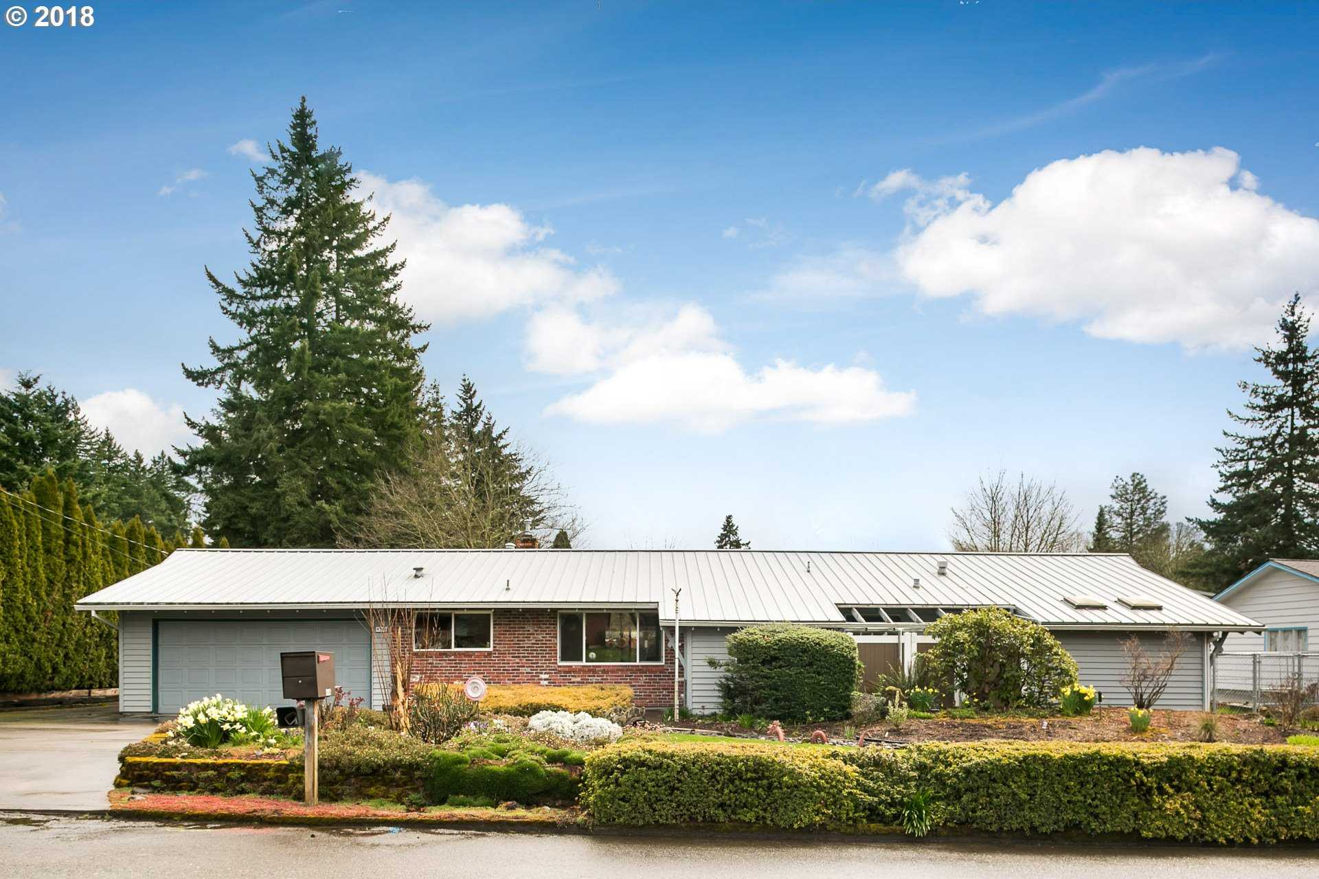 $500,000 - 3Br/3Ba -  for Sale in Rivercove, Milwaukie