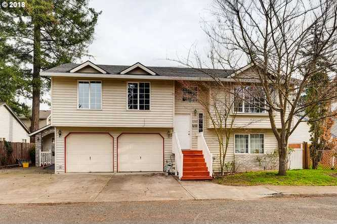 $550,000 - 9Br/9Ba -  for Sale in Portland