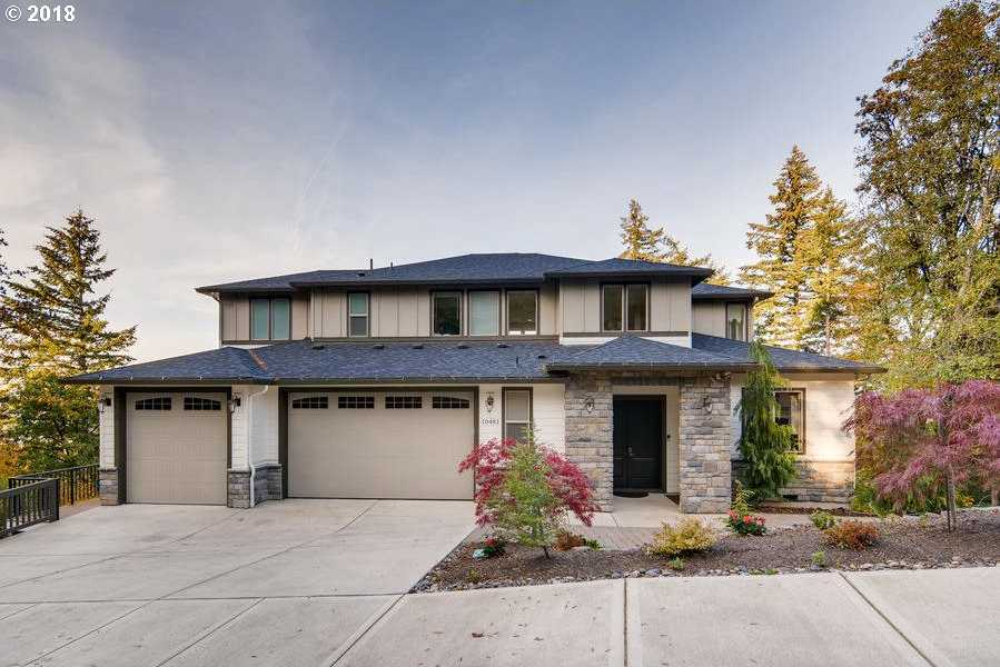 $1,080,000 - 5Br/5Ba -  for Sale in Altamont On Mt Scott, Happy Valley
