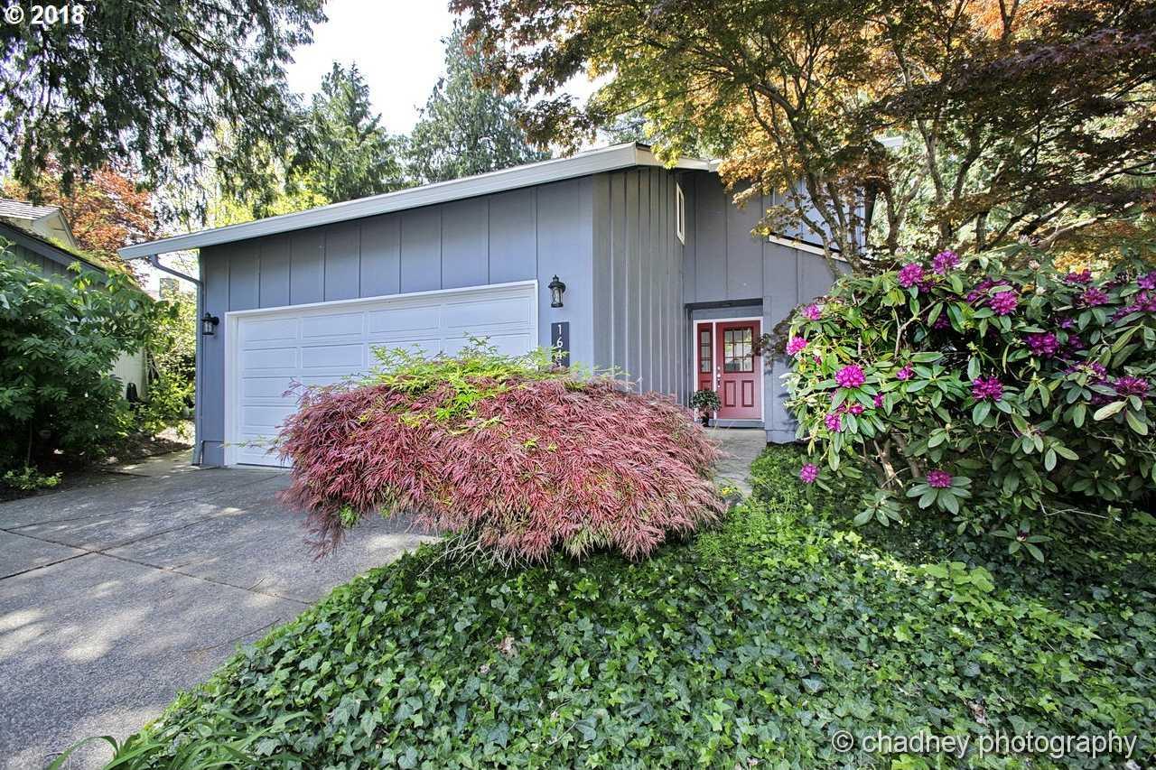 $385,000 - 3Br/3Ba -  for Sale in Highwood, Portland